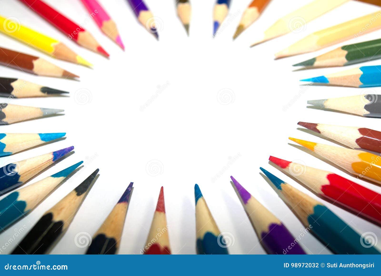 Artigos de papelaria usados para pintar a arte