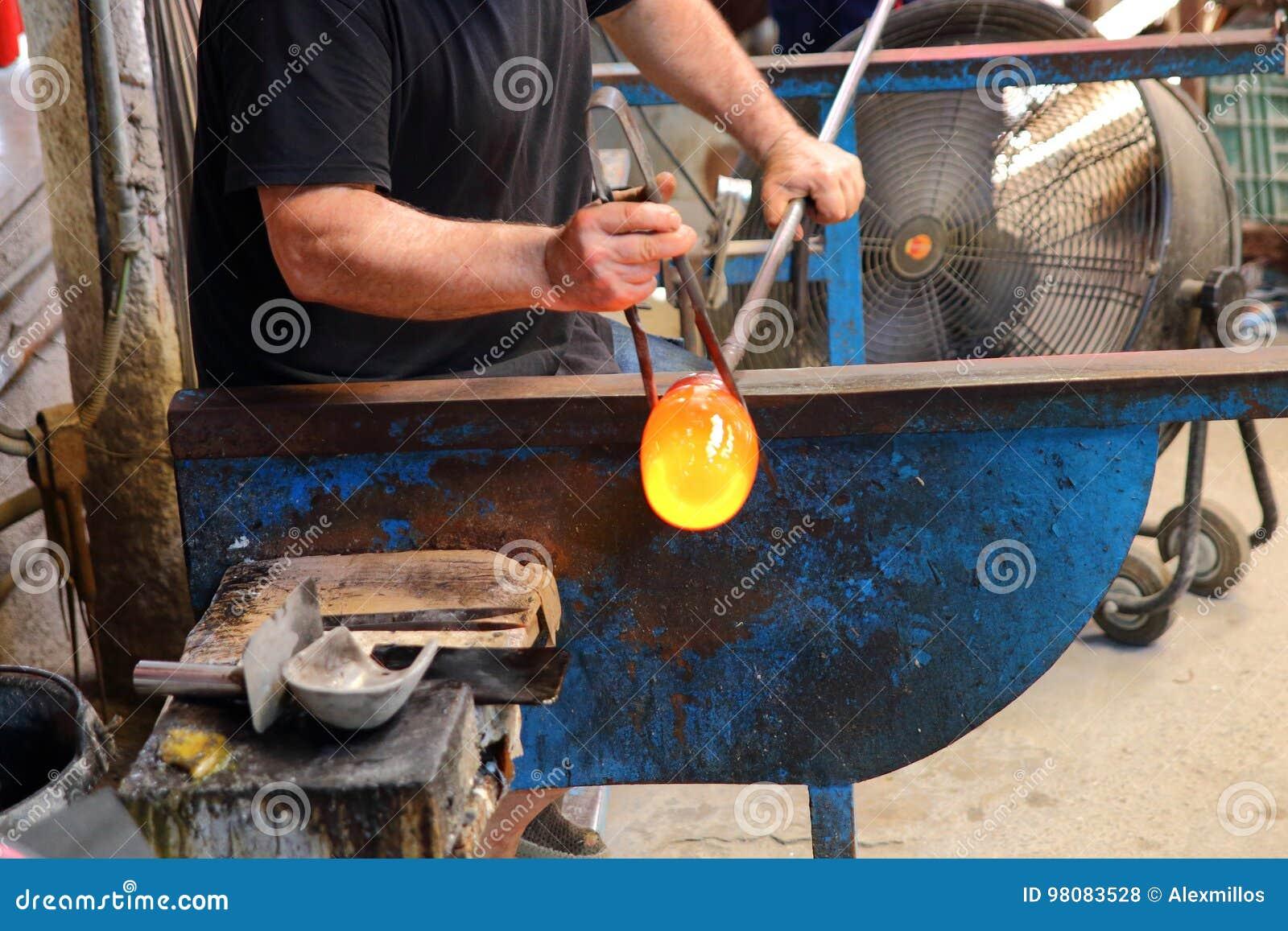 Artisanaal vervaardigingglas Glassworks proces