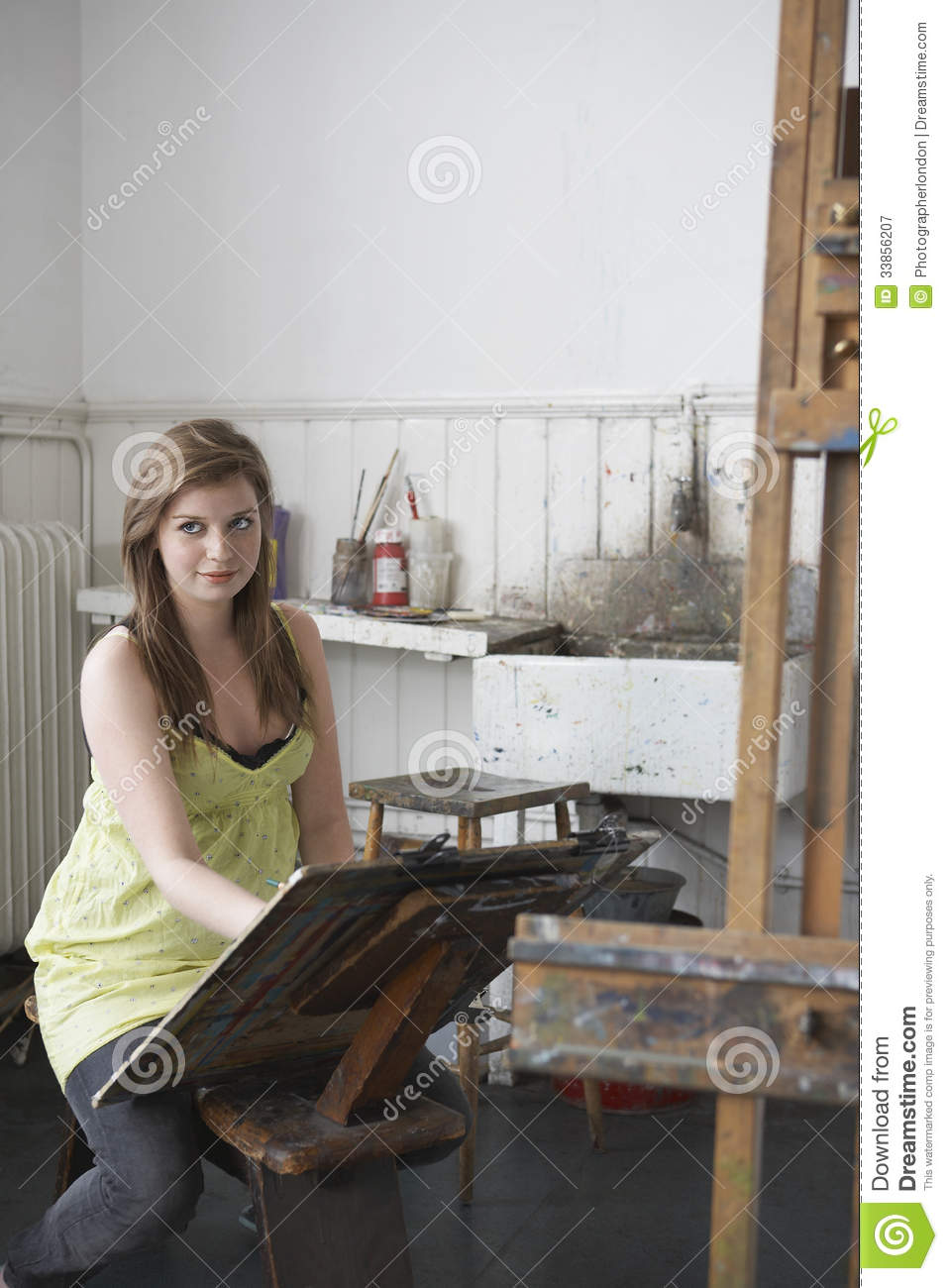Artist Drawing In Studio Royalty Free Stock Photography