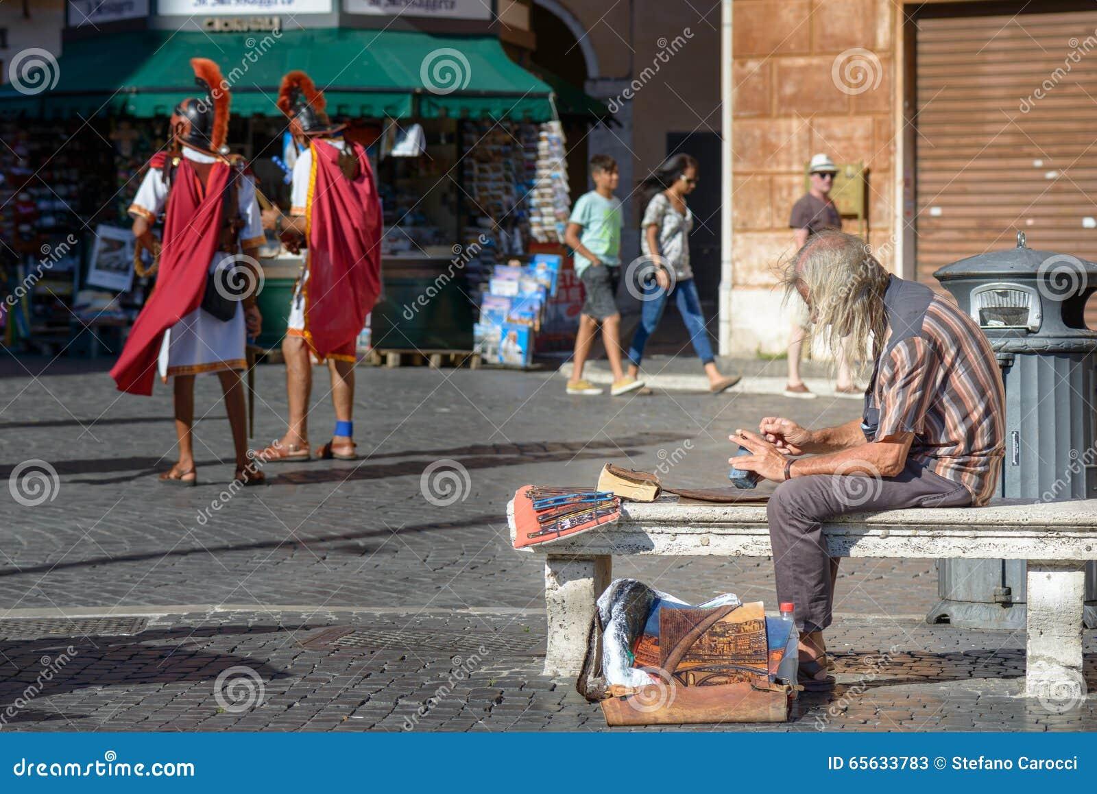 Artiste de rue dans la place de Navona