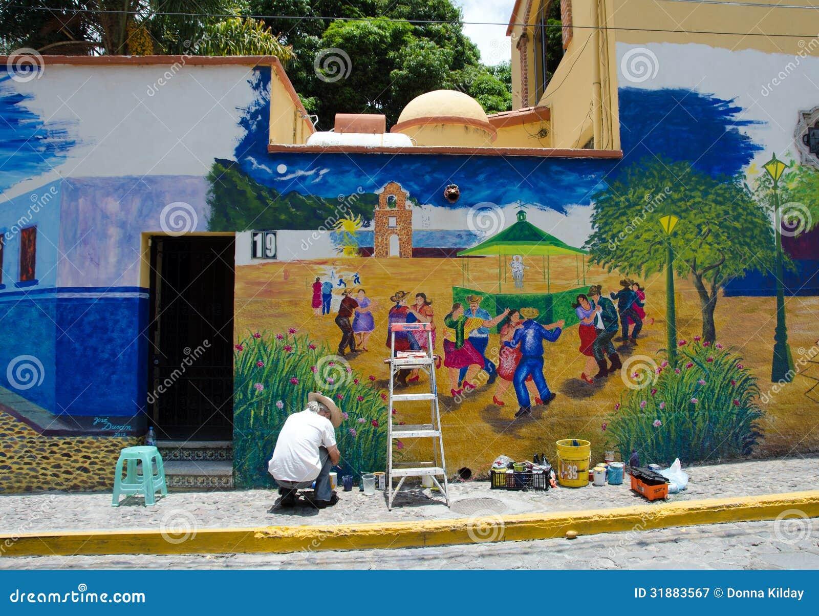 Artiste Peignant La Peinture Murale Extérieure Photographie