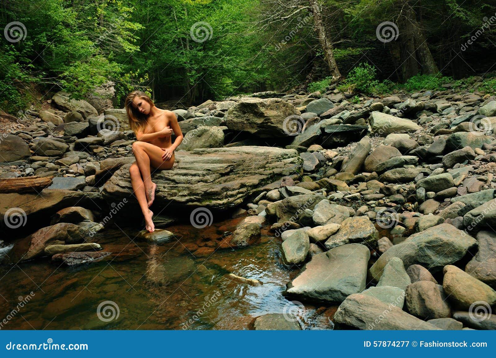 Girls nude mountain wild