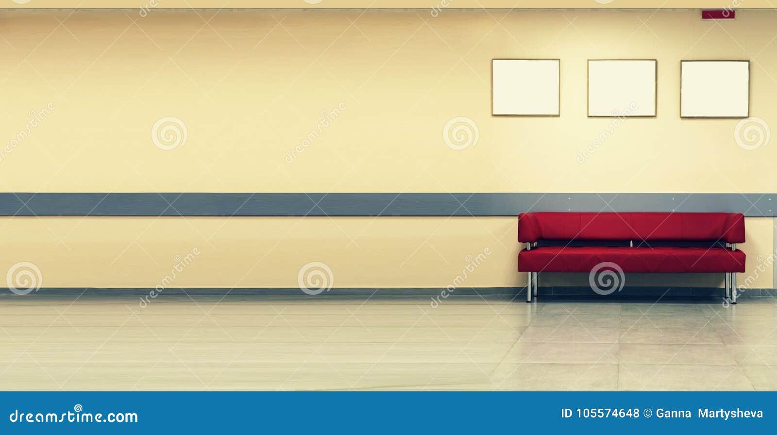Artminimalismus Rotes Sofa, Innenarchitektur, Büro Leeren Sie ...