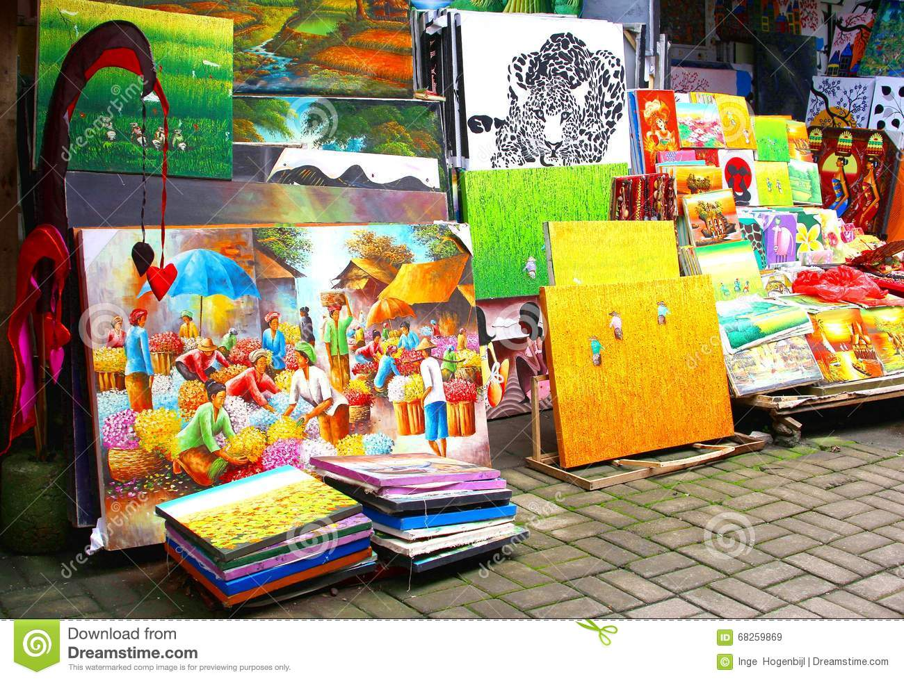 Colorful arts and crafts at the market in ubud bali for Arts and crafts industry