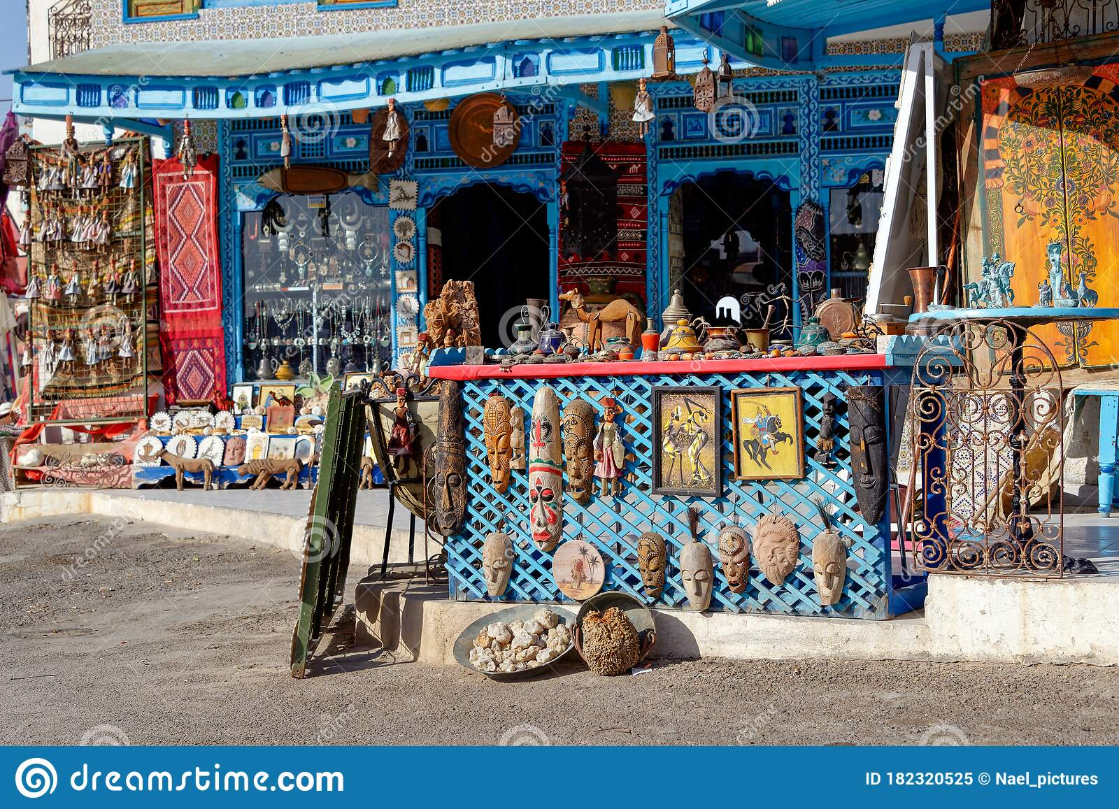 Arts And Crafts Shop In Tunisia Editorial Image Image Of Tourism Africa 182320525