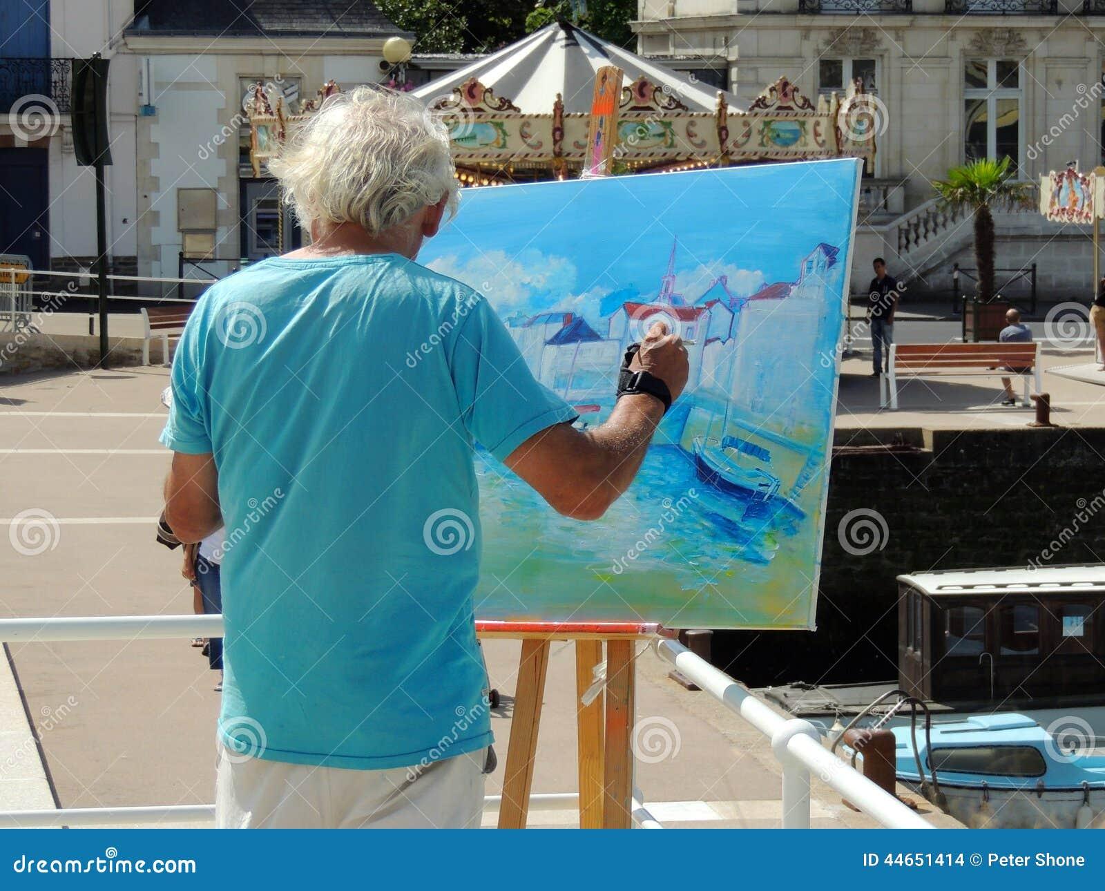 Artysta tworzy obraz
