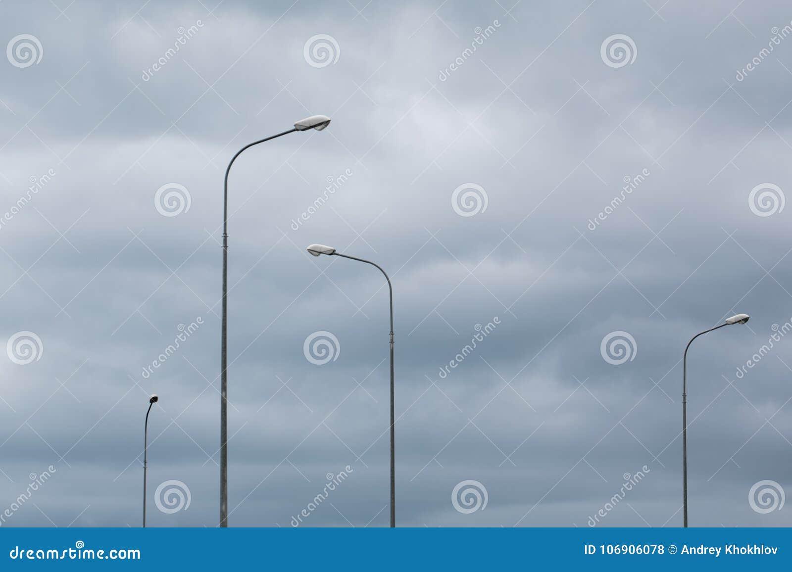 Artystyczny i minimalistic skład miastowi elektryczni światła