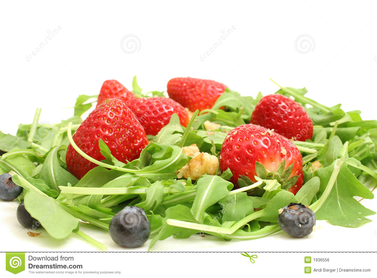 Royalty Free Stock Image: Arugula salad w/berries & nuts