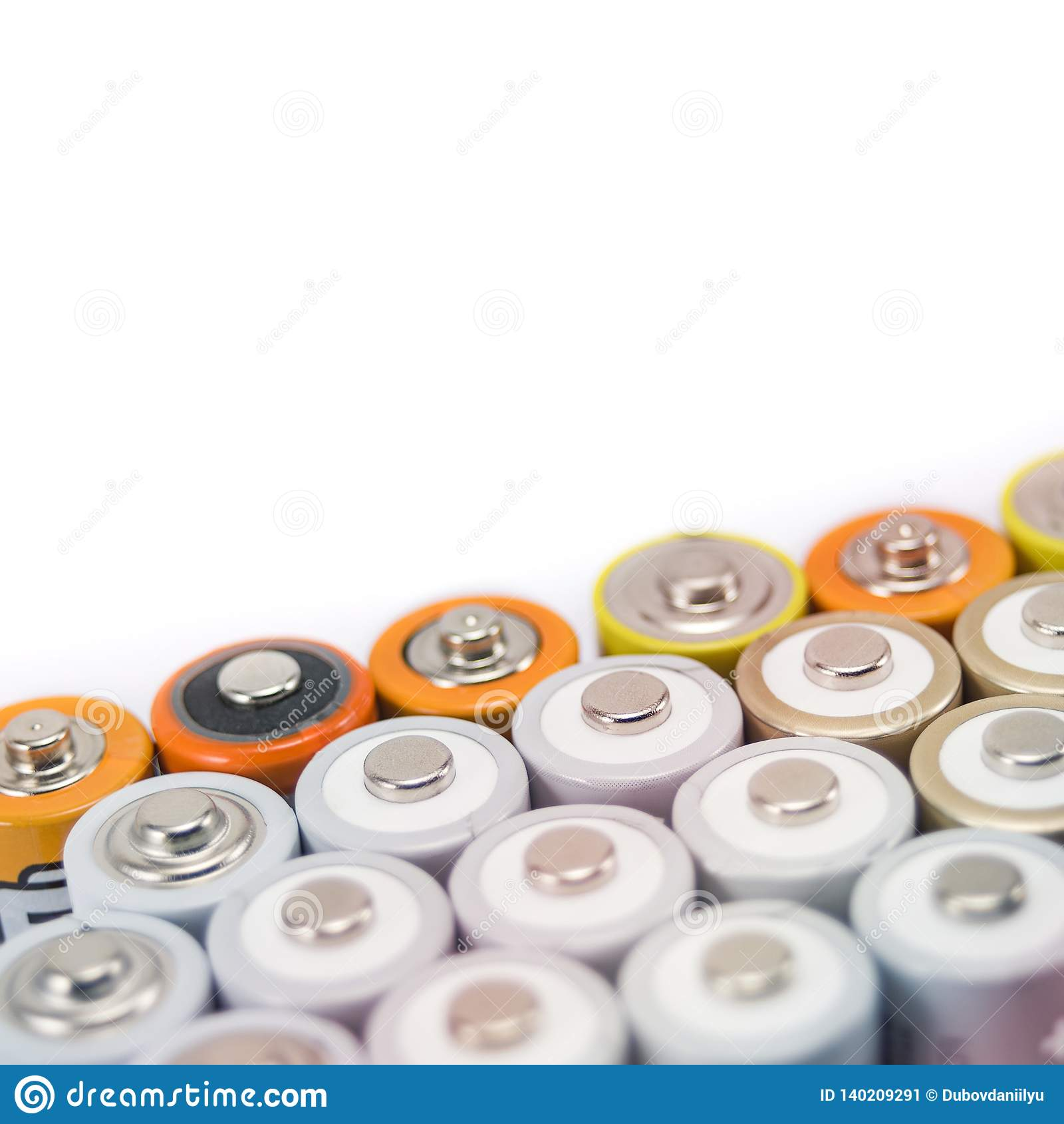 As baterias multi-coloriram o metal