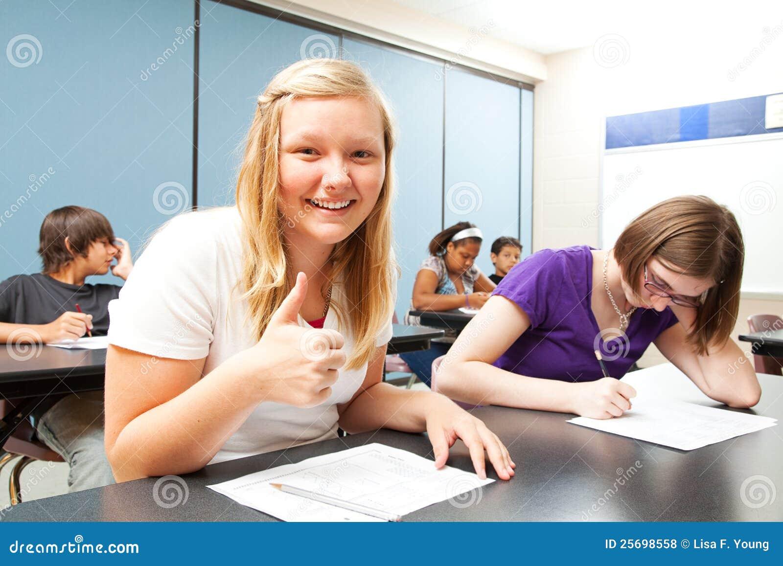 As blond dziewczyny szkoły test