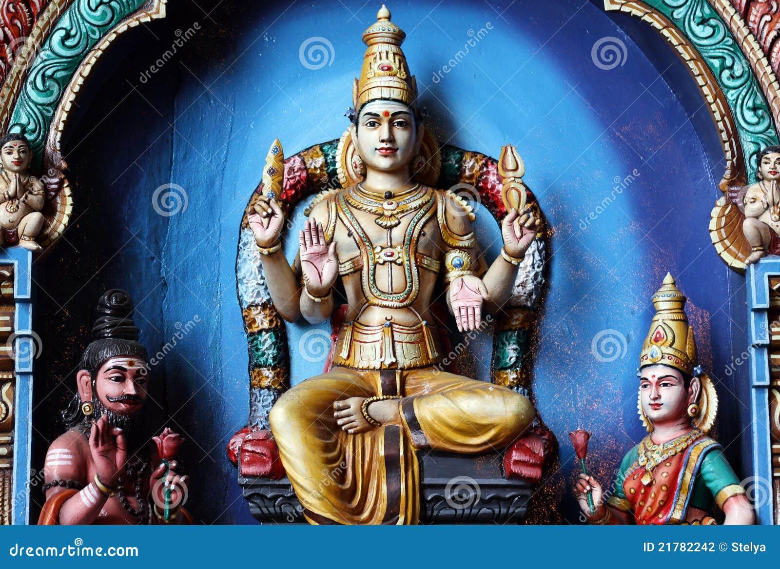 As estátuas Hindu em Batu desabam Kuala Lumpur Malaysia
