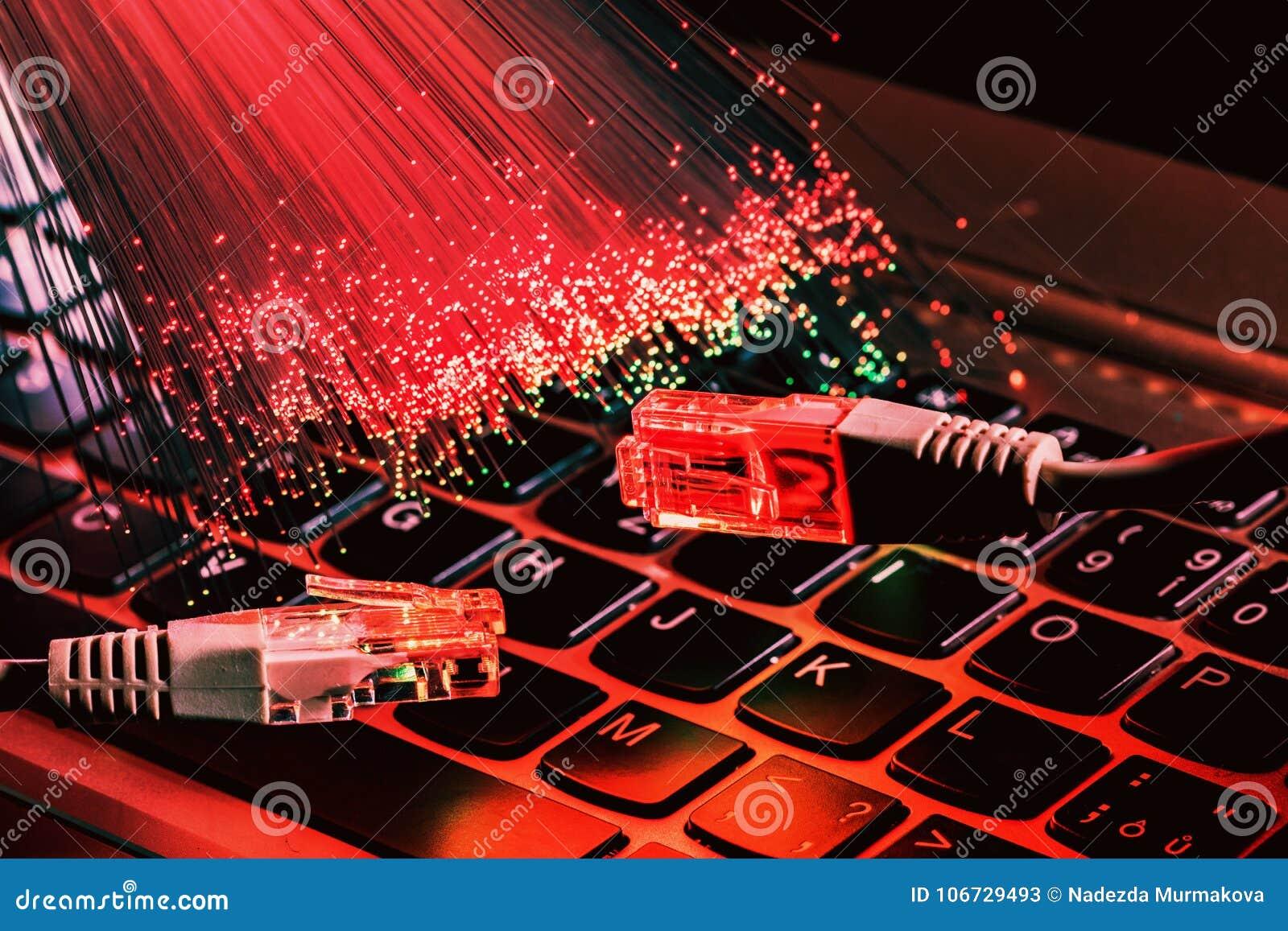 As fibras óticas iluminam o fundo abstrato, fundo ótico da fibra