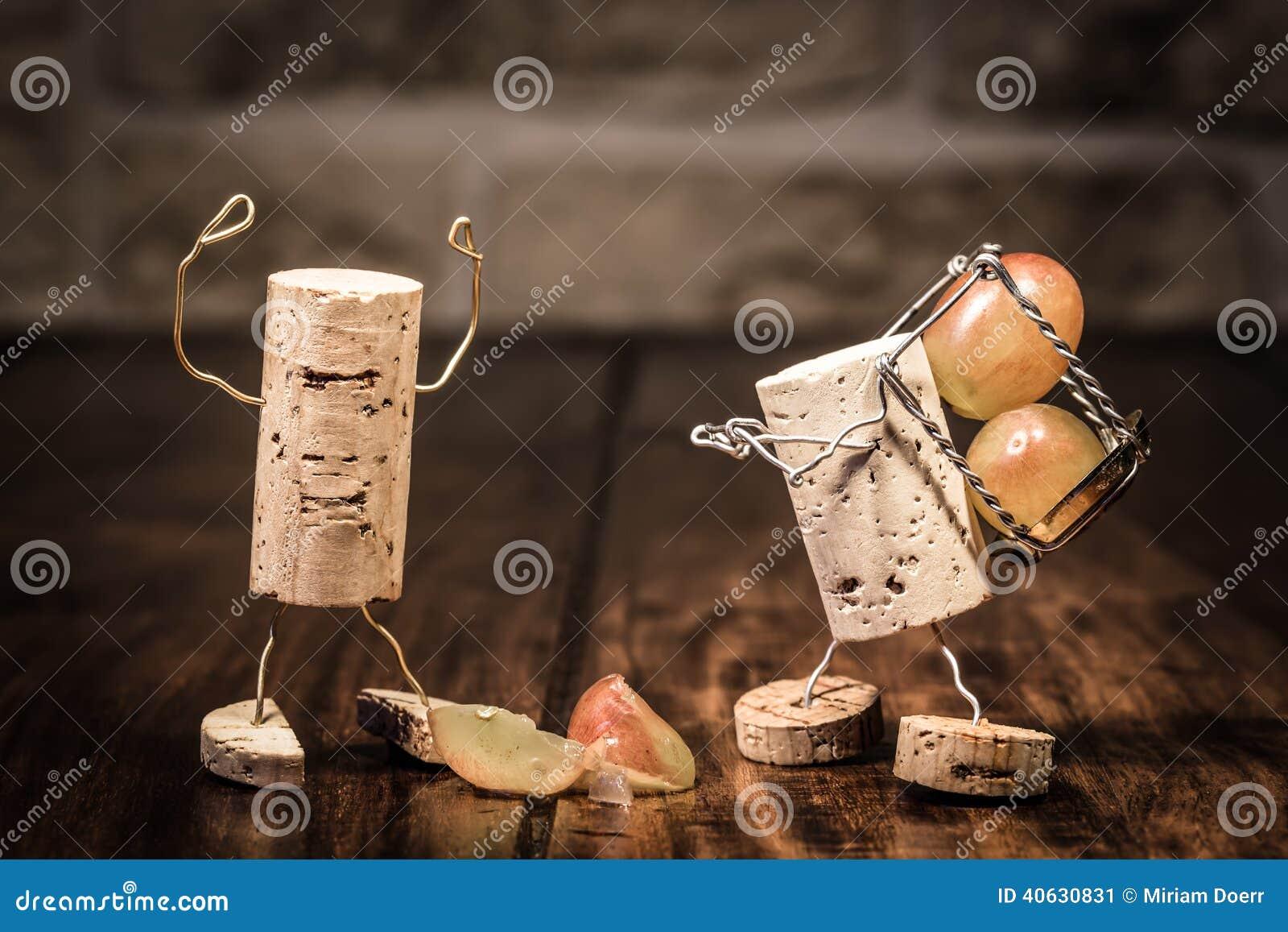 As figuras da cortiça do vinho, empregado do conceito obtêm no problema