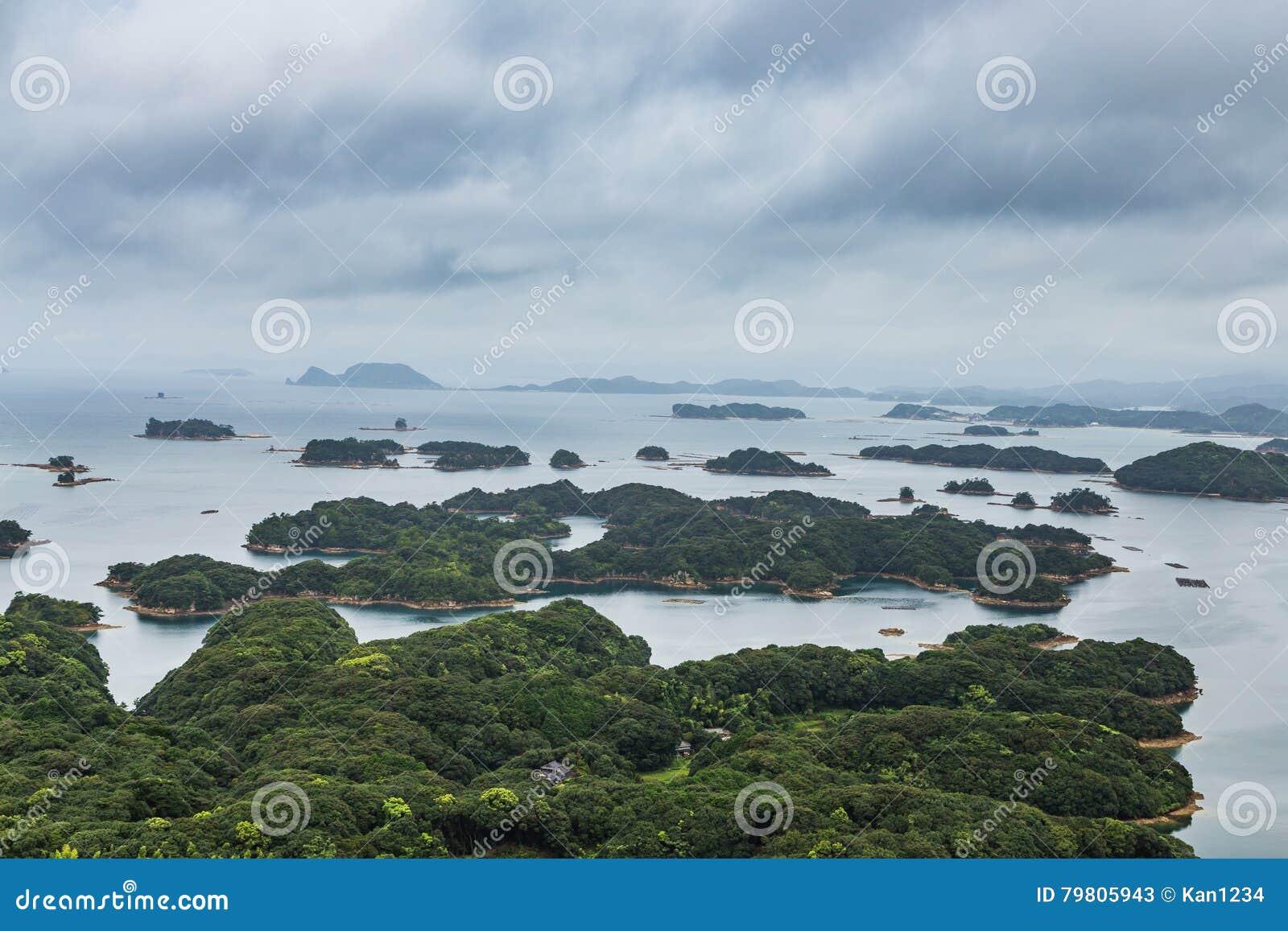 As ilhas famosas do kujuku negligenciam em Sasebo, Kyushu