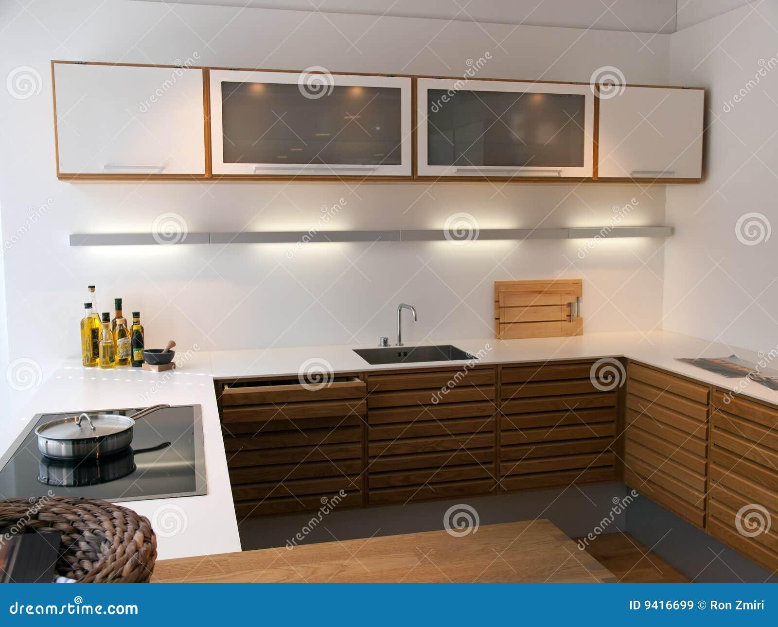 Cozinha De Madeira Imagens de Stock Royalty Free Imagem: 9416699 #A3A427 1300 1065