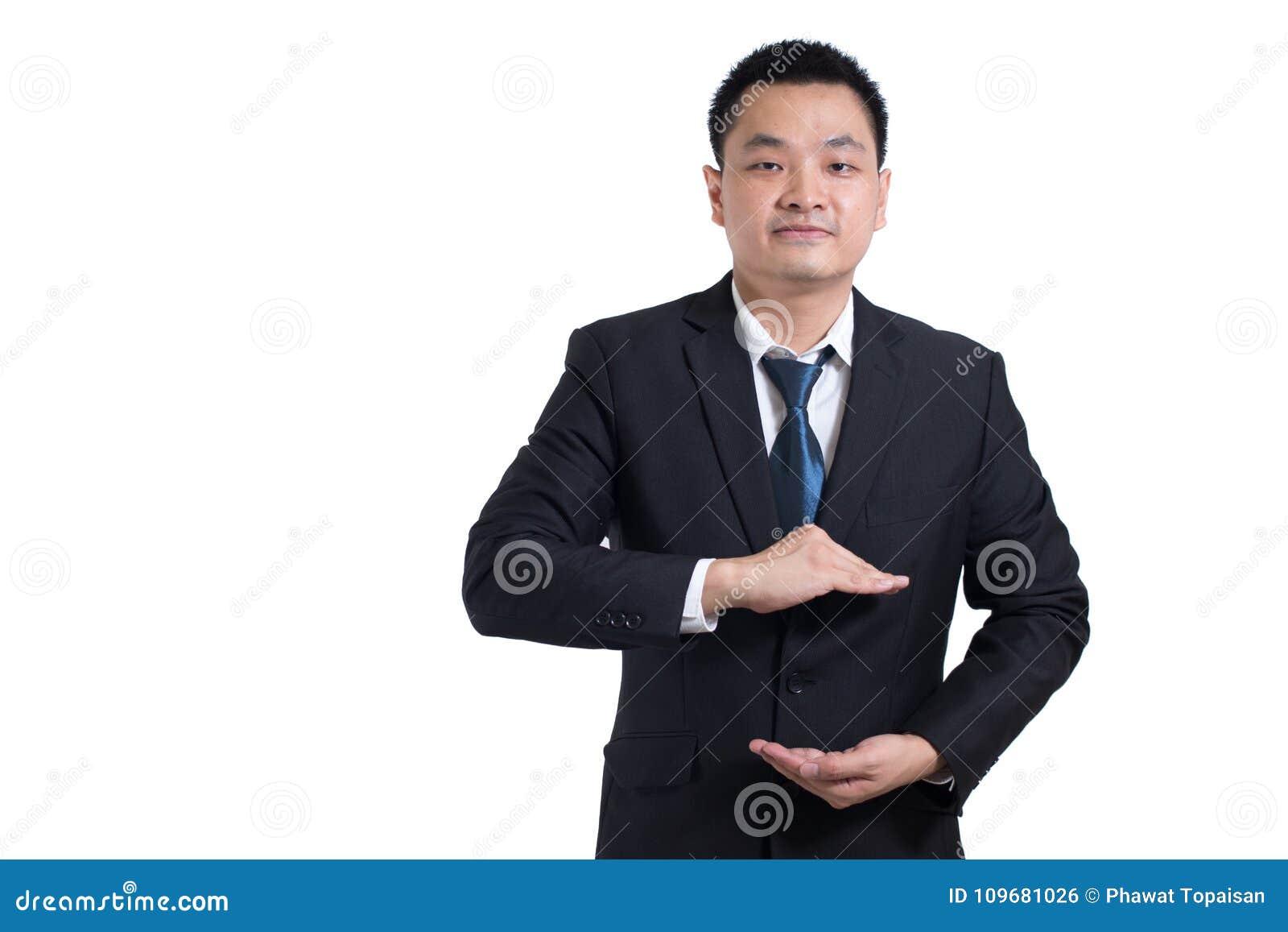 As mãos asiáticas do homem de negócios abrem Seus objetos estão aqui Homem de negócios