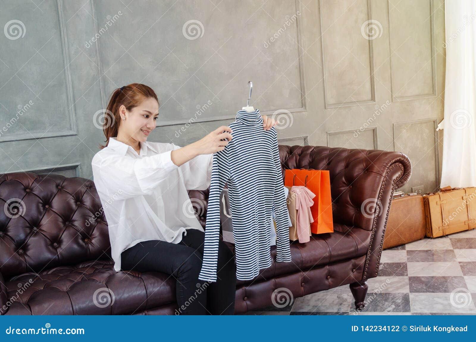 As mulheres estão trabalhando e felizes