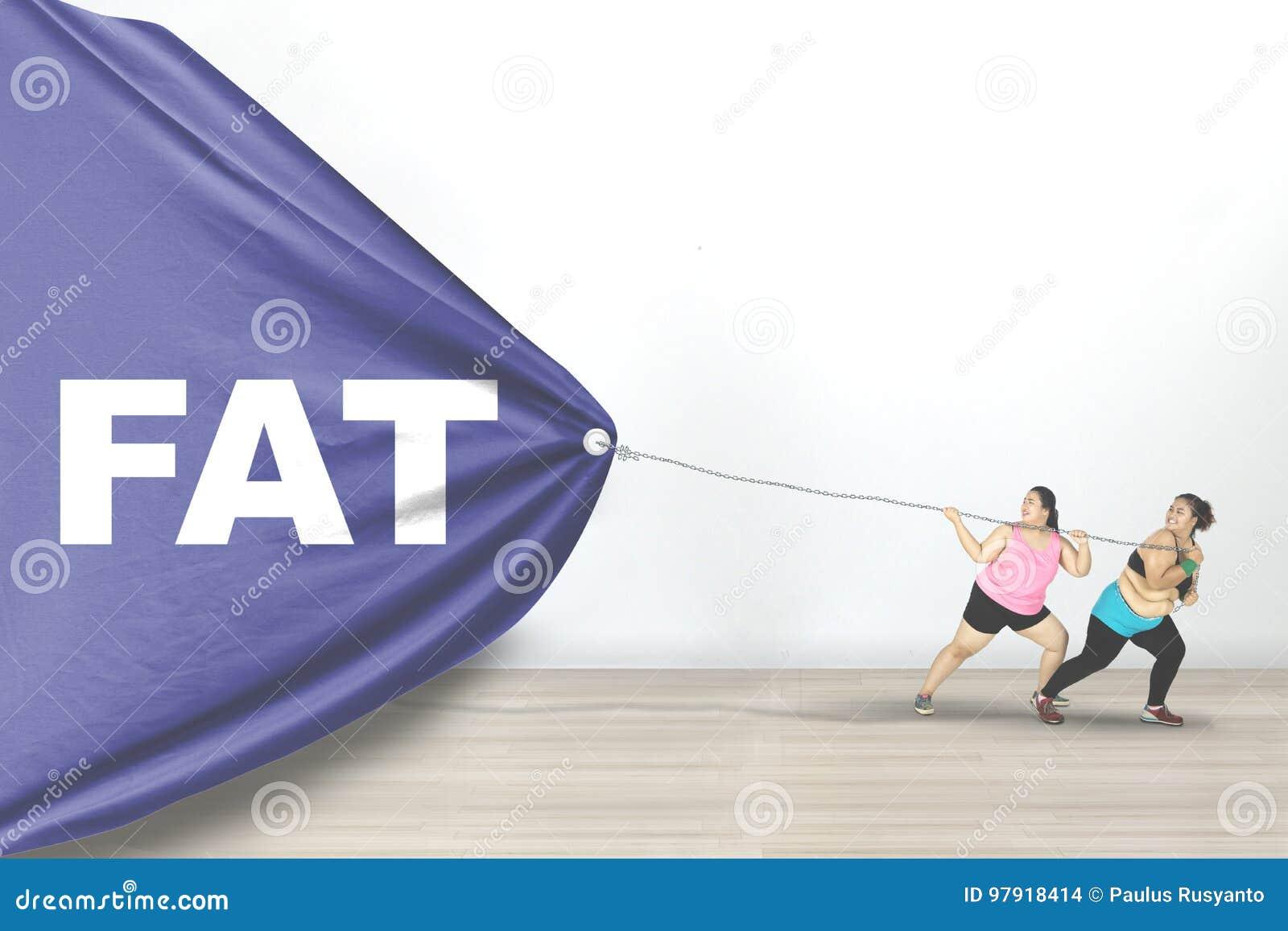As mulheres obesos arrastam o texto gordo