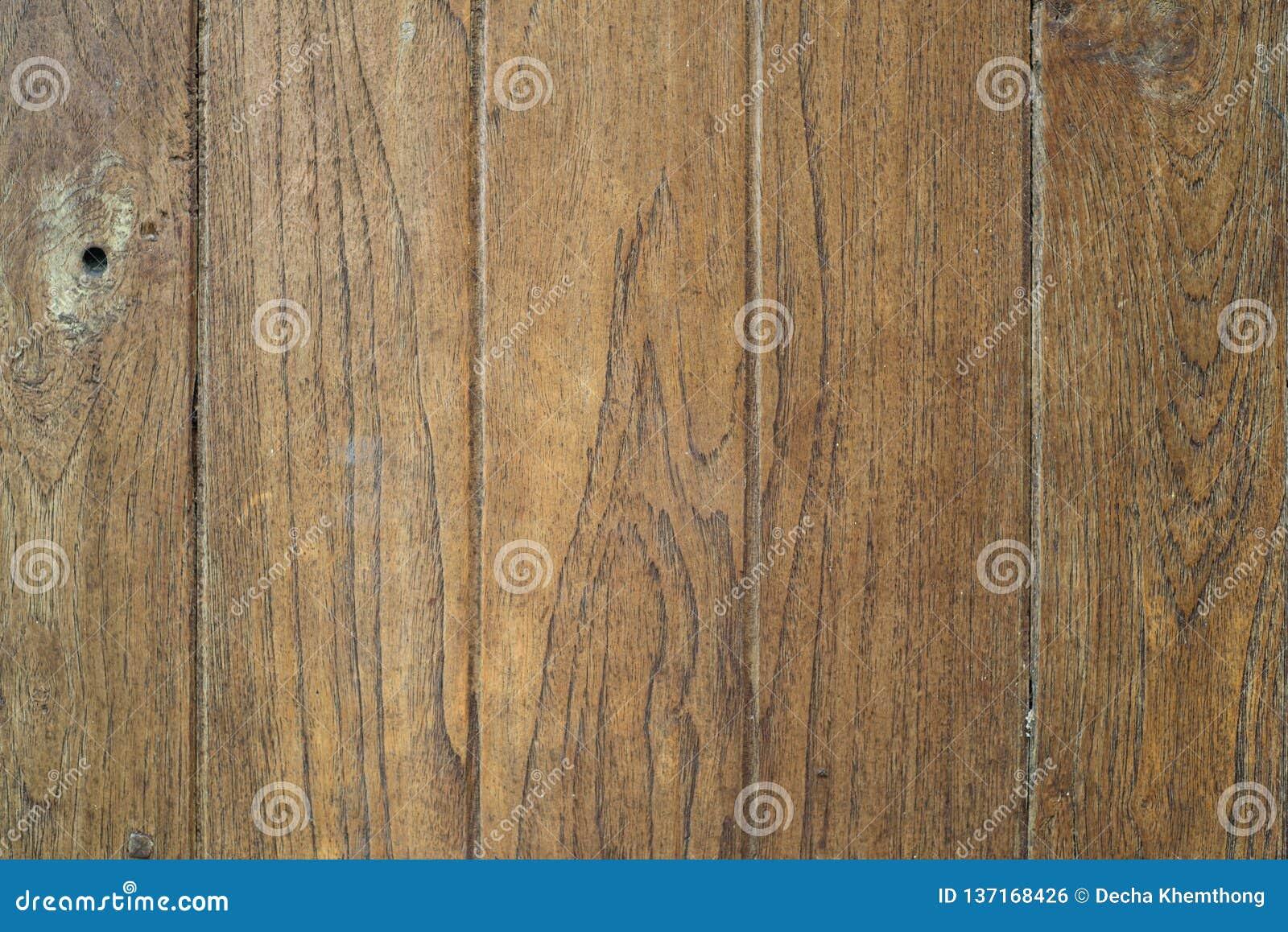 As placas de madeira velhas têm traços de tempo