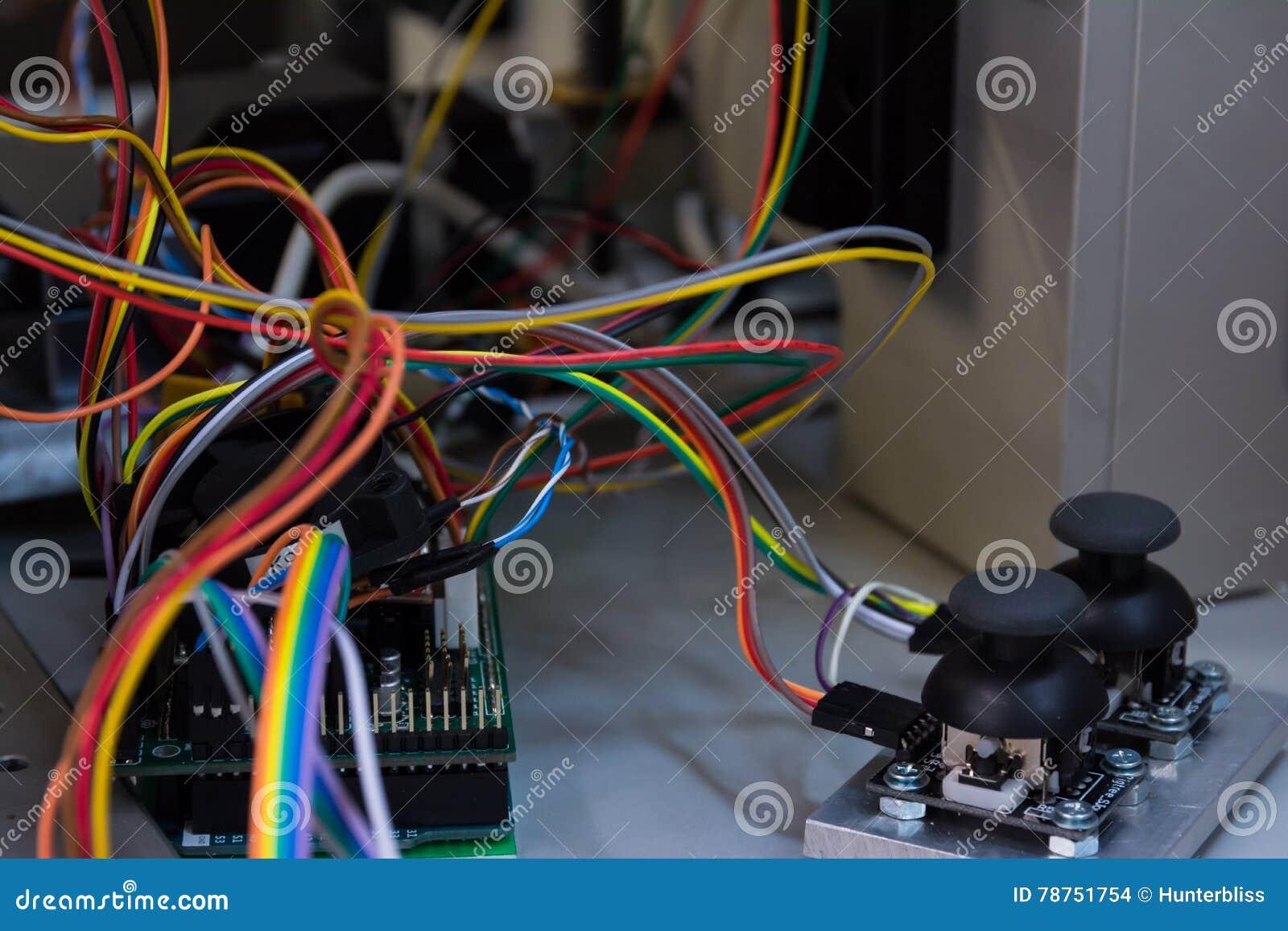 Circuito Aberto : As placas do circuito aberto do manche conectaram pwb b de arduino