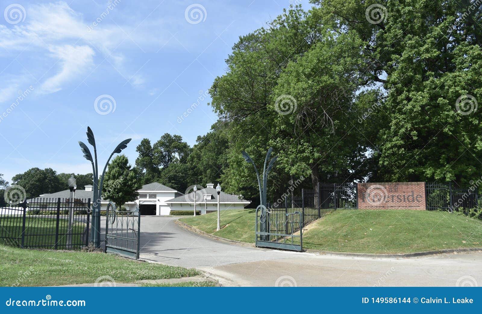 As rela??es no campo de golfe do beira-rio, Memphis, TN
