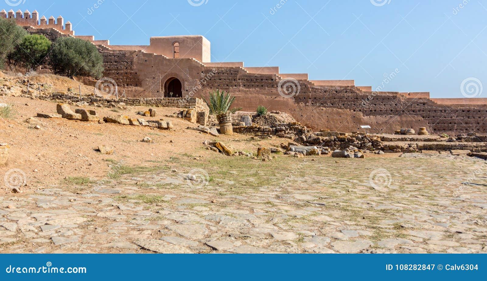 As ruínas de Chellah em Rabat, Marrocos