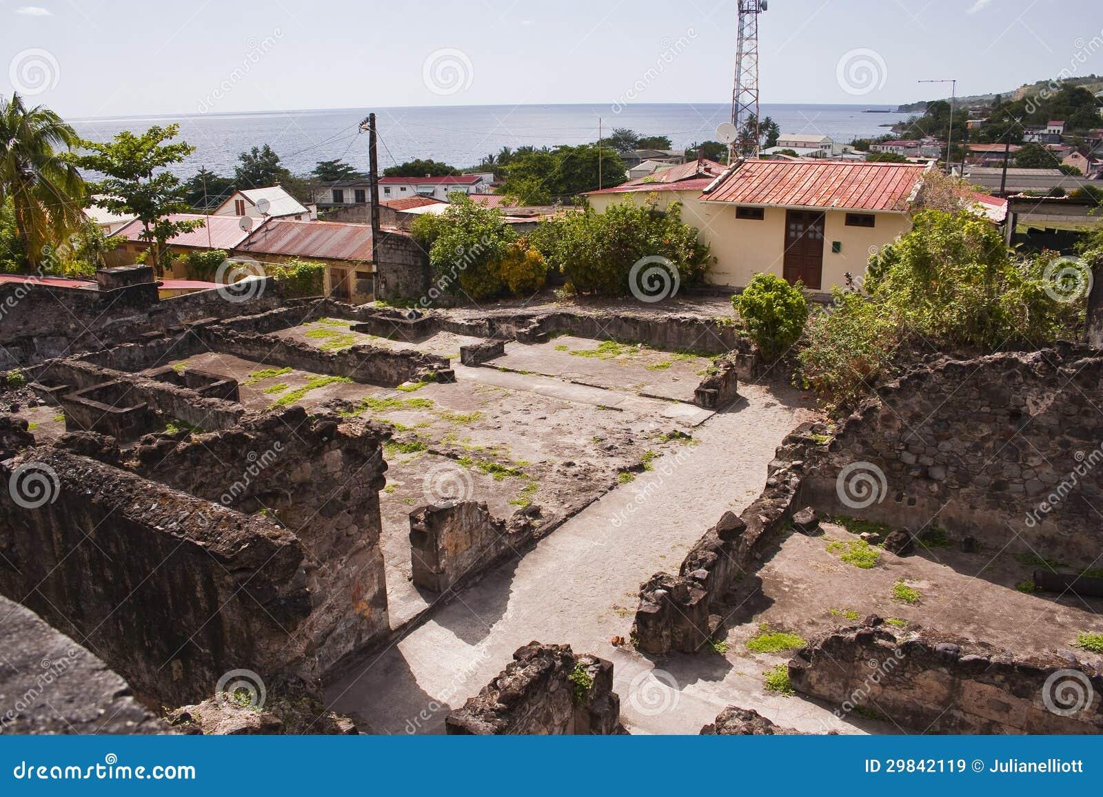 Vila arruinada do Saint Pierre