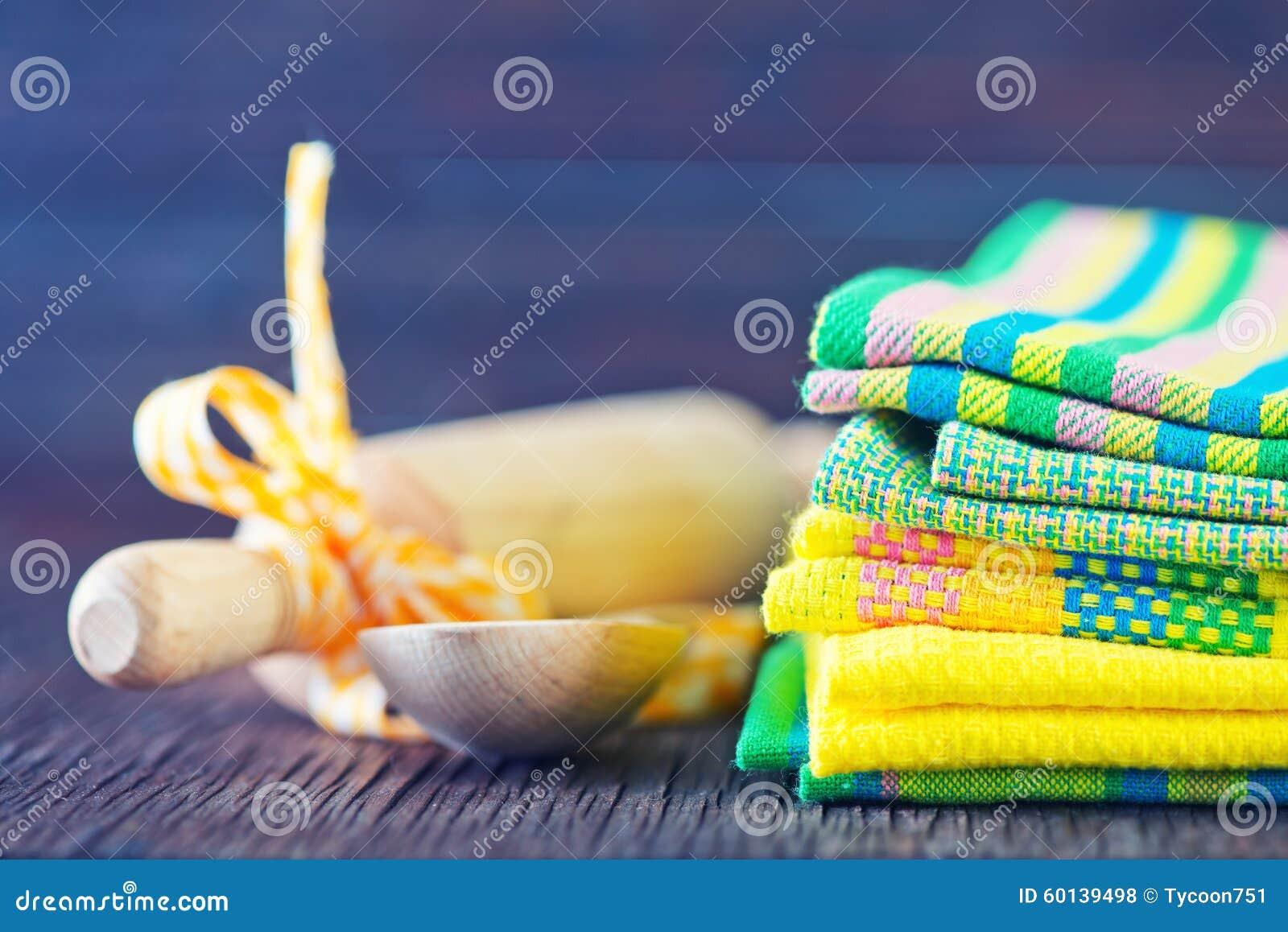 Asciugamani di cucina fotografia stock. Immagine di igiene ...