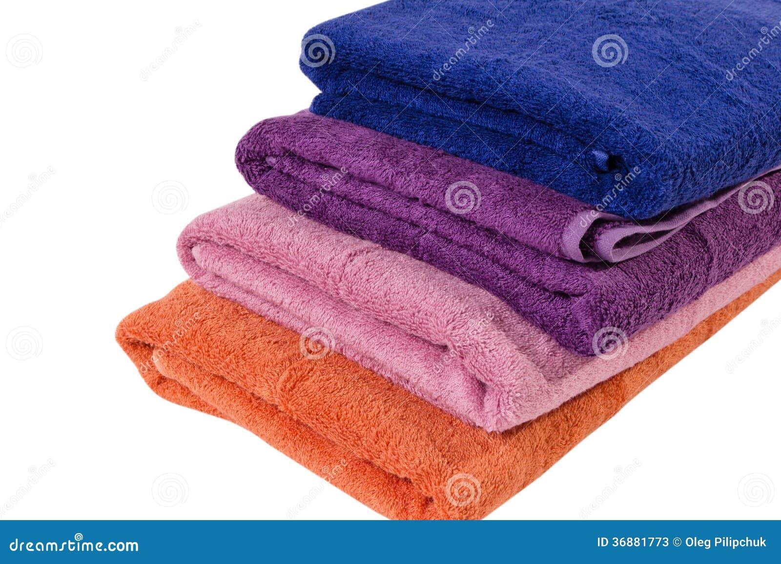Download Asciugamani su bianco immagine stock. Immagine di cotone - 36881773