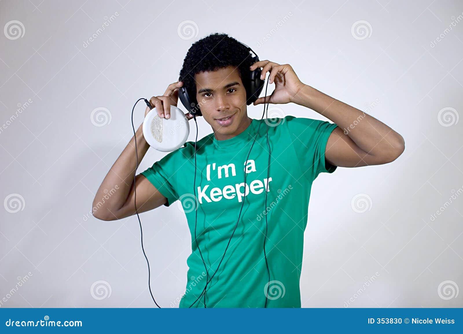 Ascoltare teenager la musica