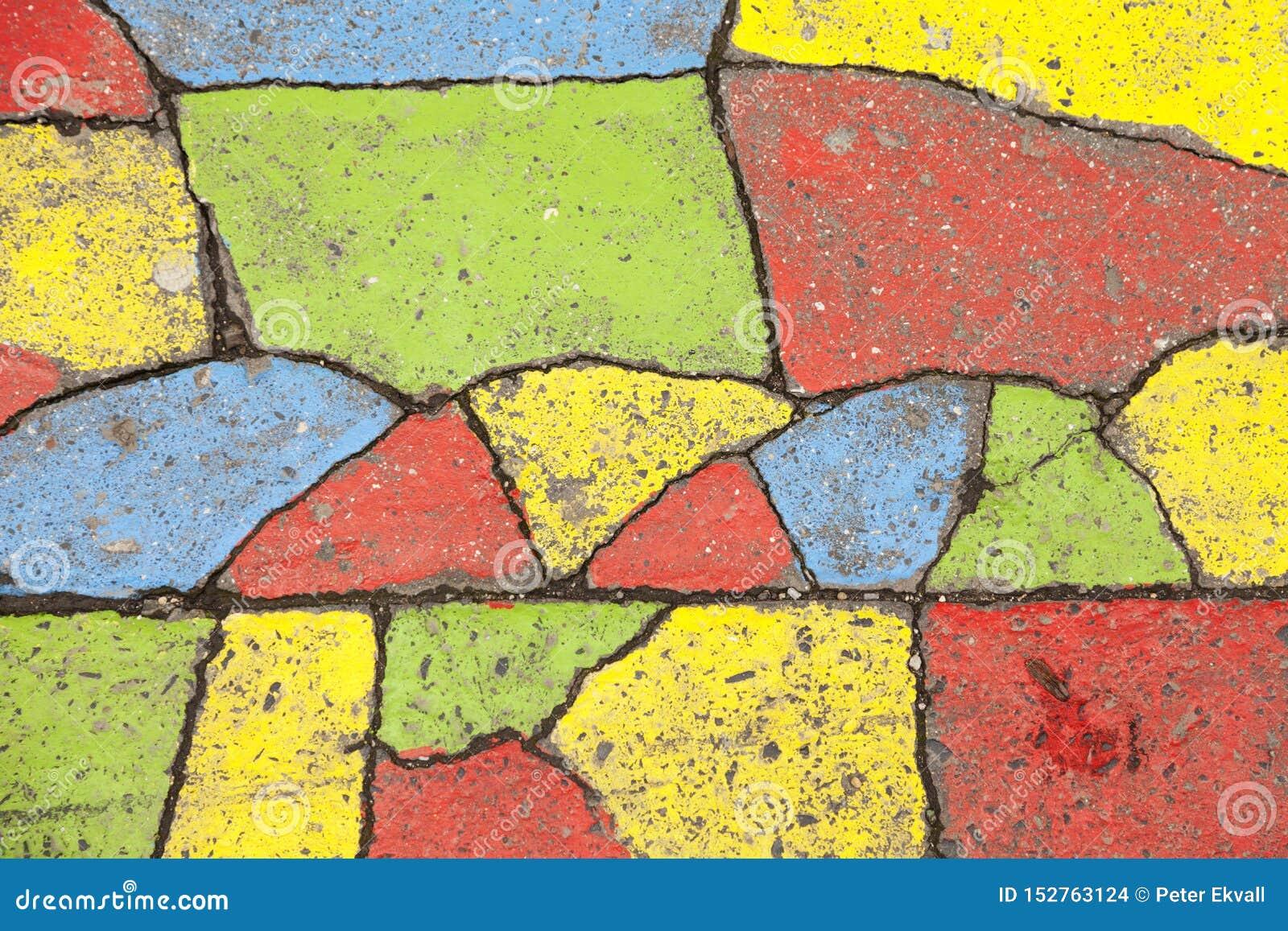 Asfalto adornado en diversos colores