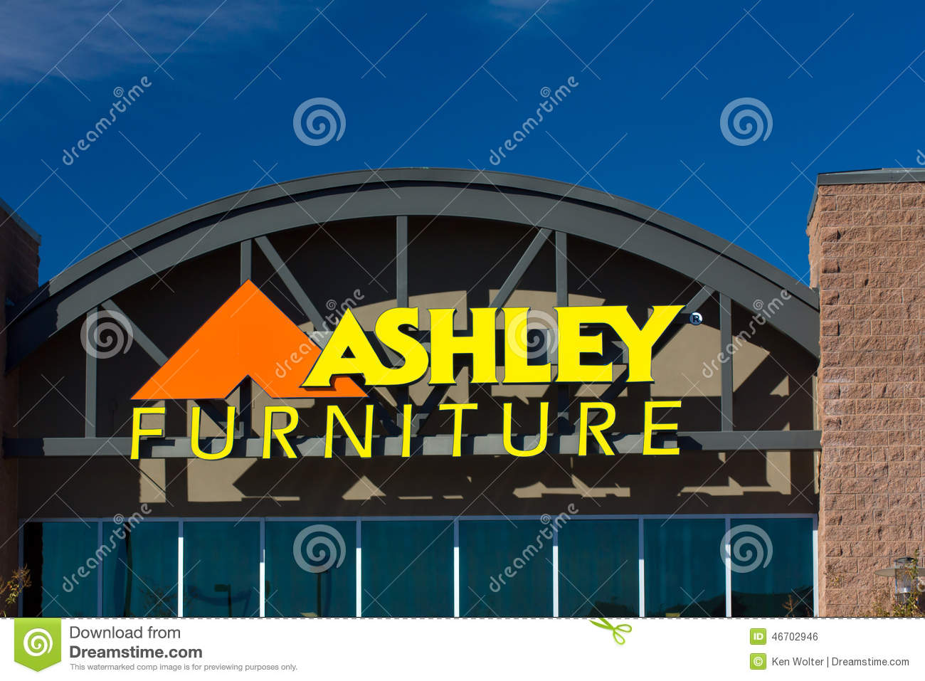 furniture stores in santa clarita