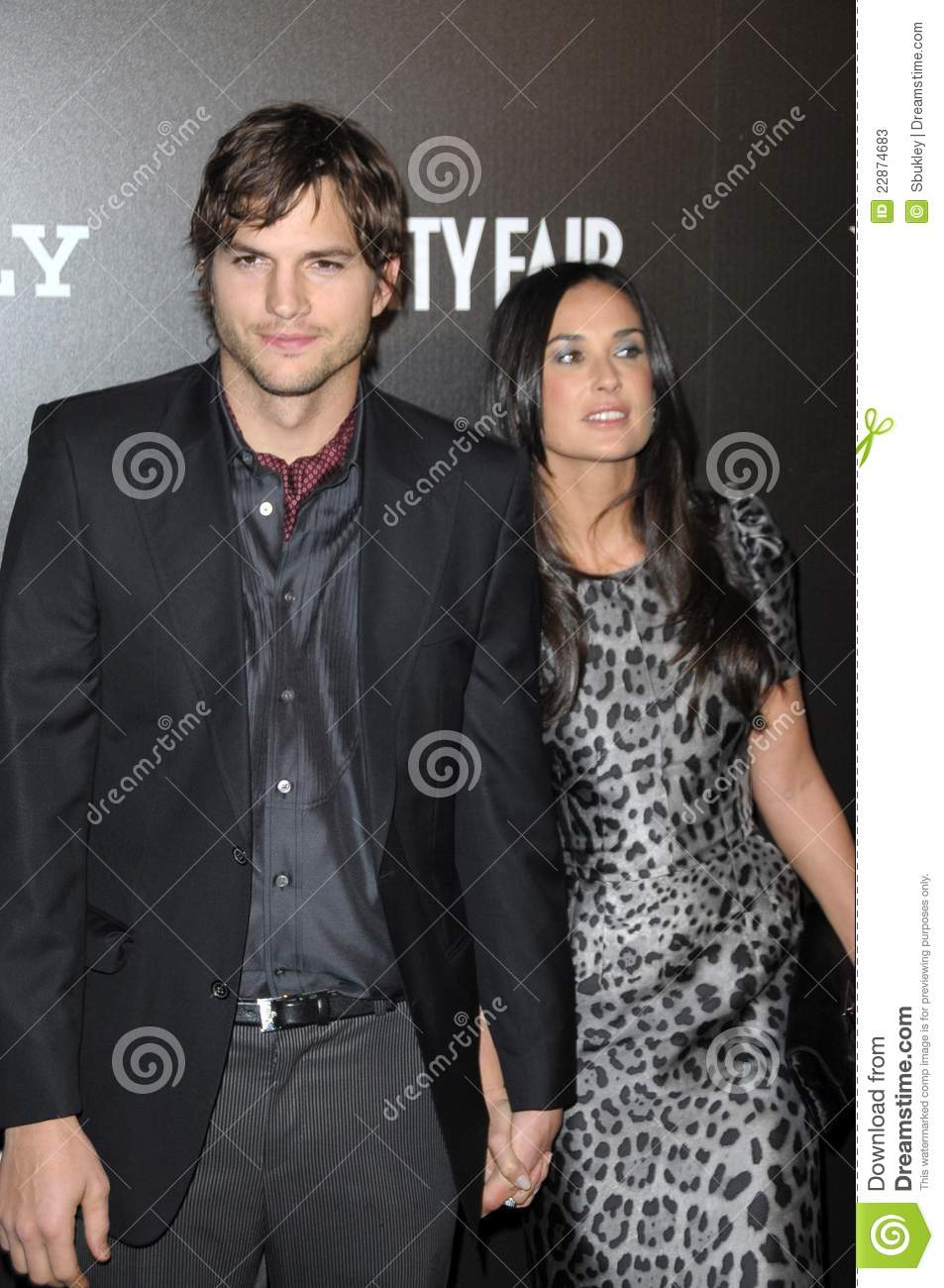 Ashton demi kutcher moore