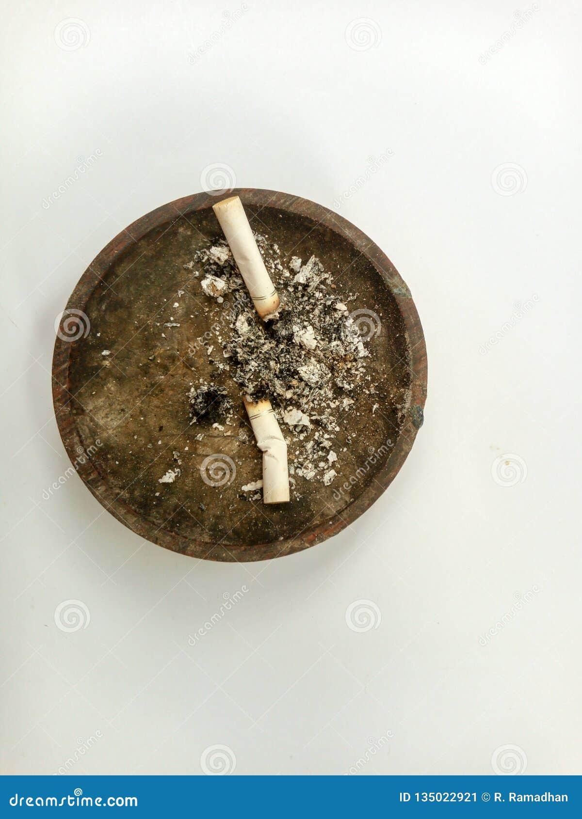 Ashtray τσιγάρων