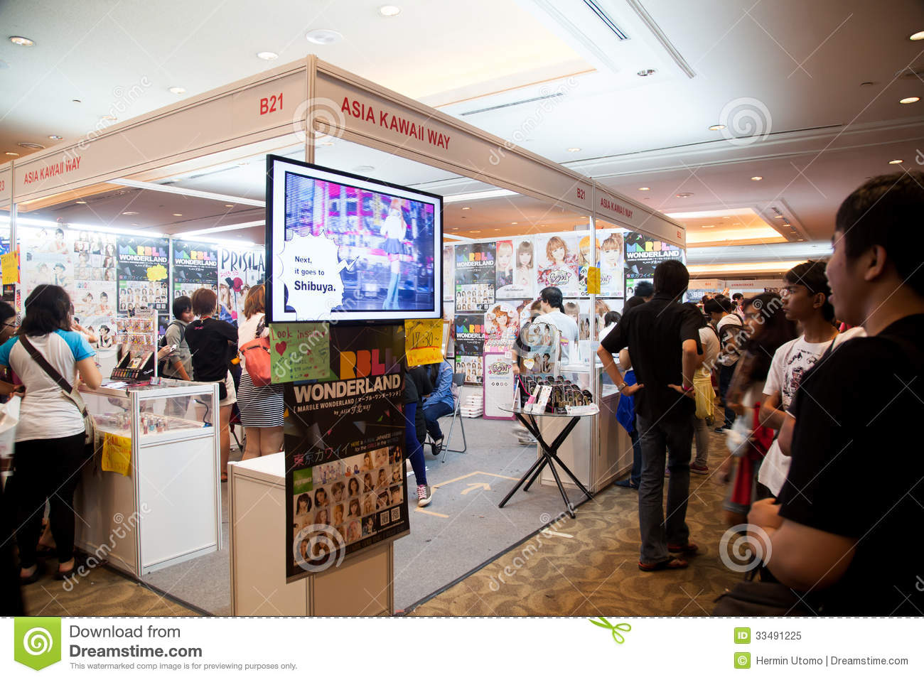 Anime Expo Stands : Asia kawaii way in anime festival indonesia