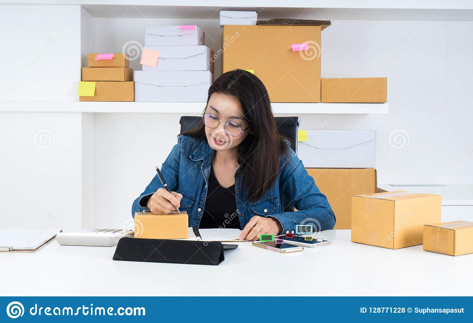 asia women working business sme online at home stock photo image rh dreamstime com online at home work online at home jobs part time