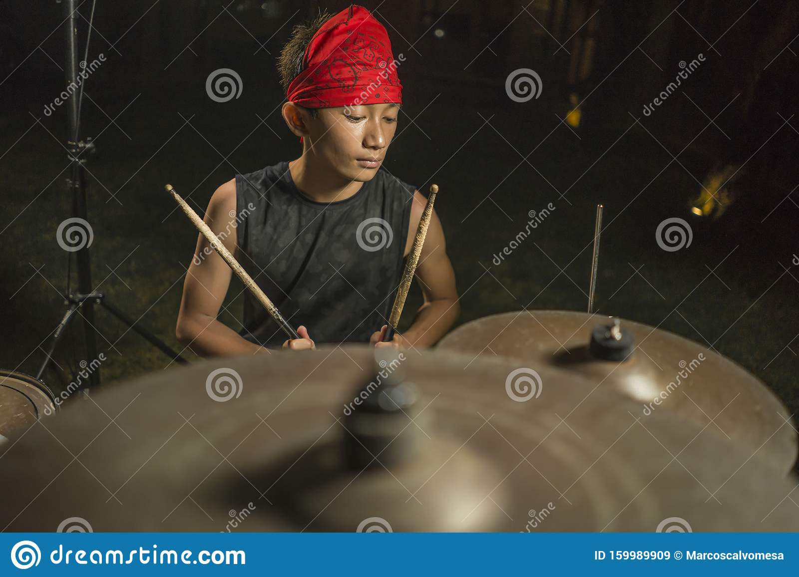 how to play we are young on the drums