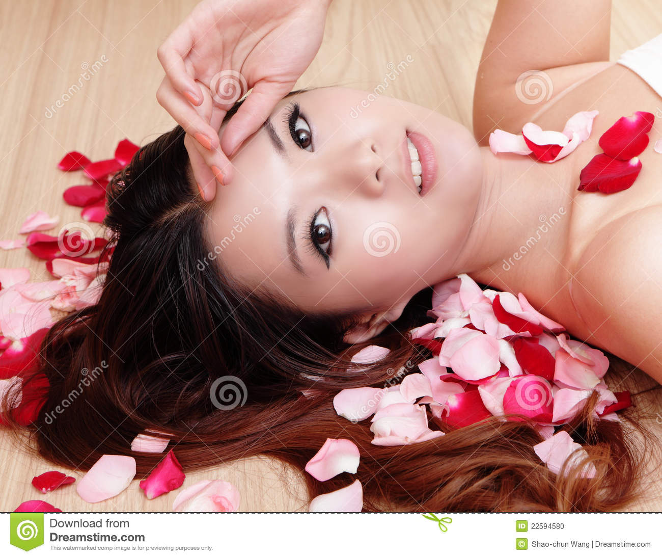 rose asian girl personals Dating ladyboys from thailand  when talking about ladyboys, thailand is without a doubt the first country that comes to mind philippines.