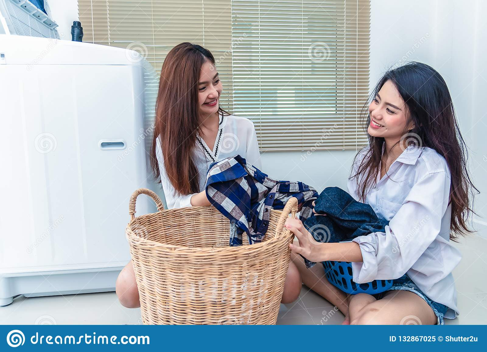 Lesbians in laundry room