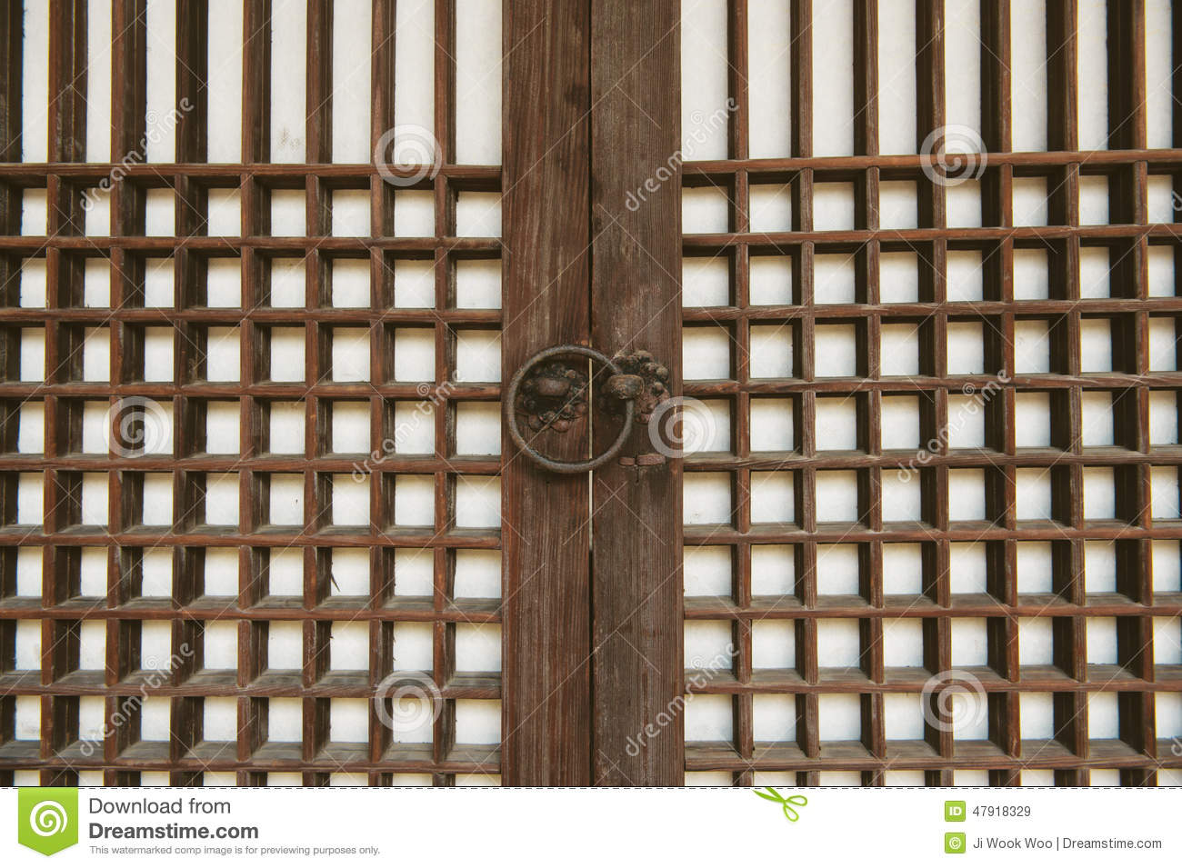 Asian doors and doorknob & Asian doors and doorknob stock image. Image of remains - 47918329