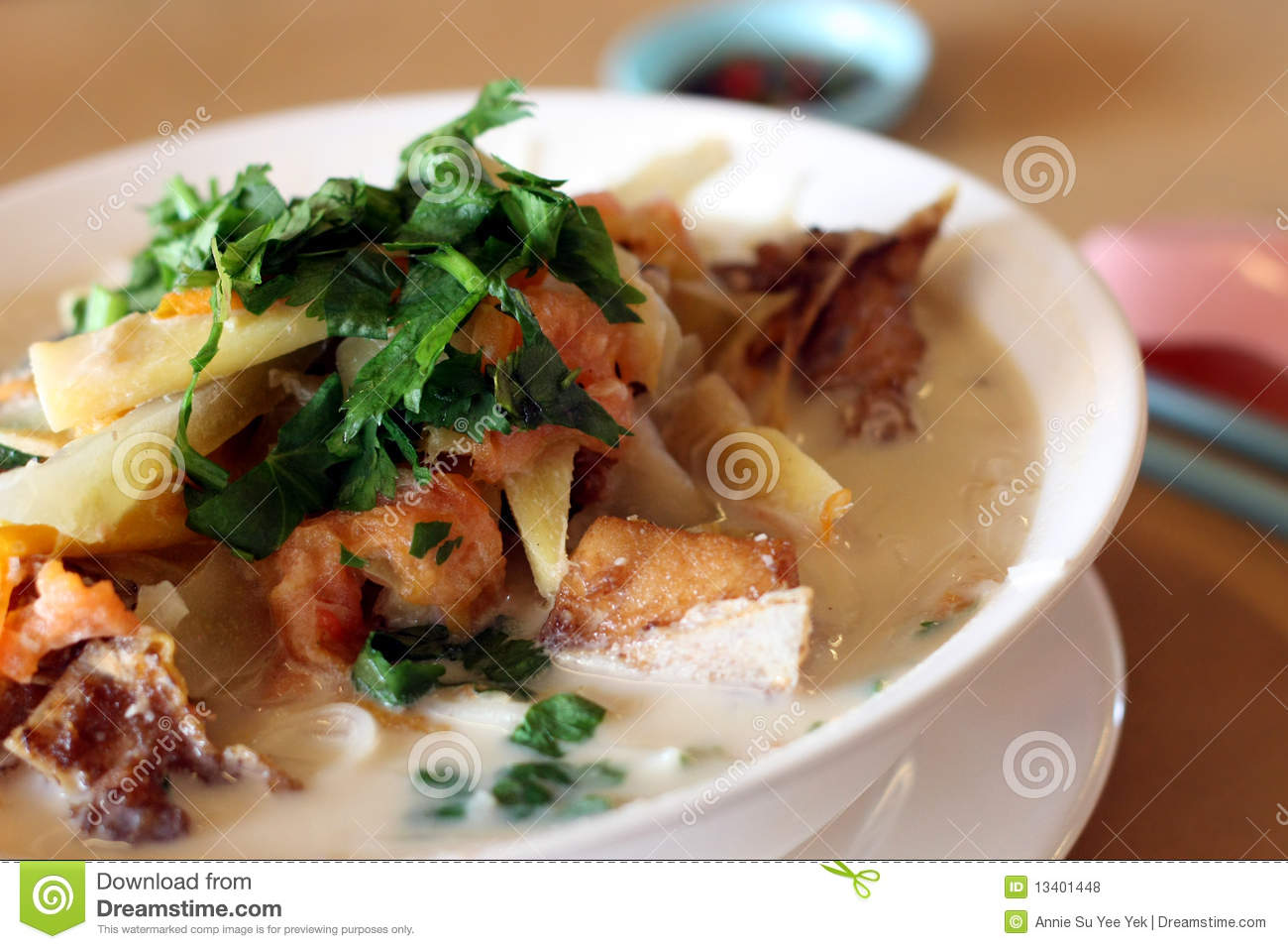 Asian fish noodle royalty free stock photos image 13401448 for Rice noodle fish