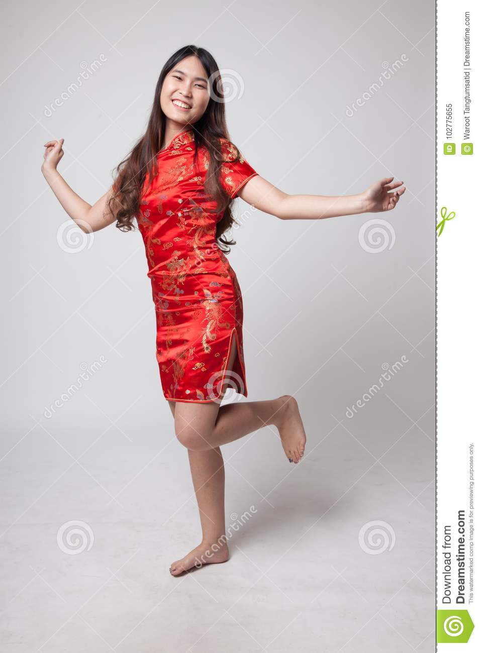 5a5e820f55 Asian Girl In Chinese Cheongsam Dress Stock Image - Image of chipao ...