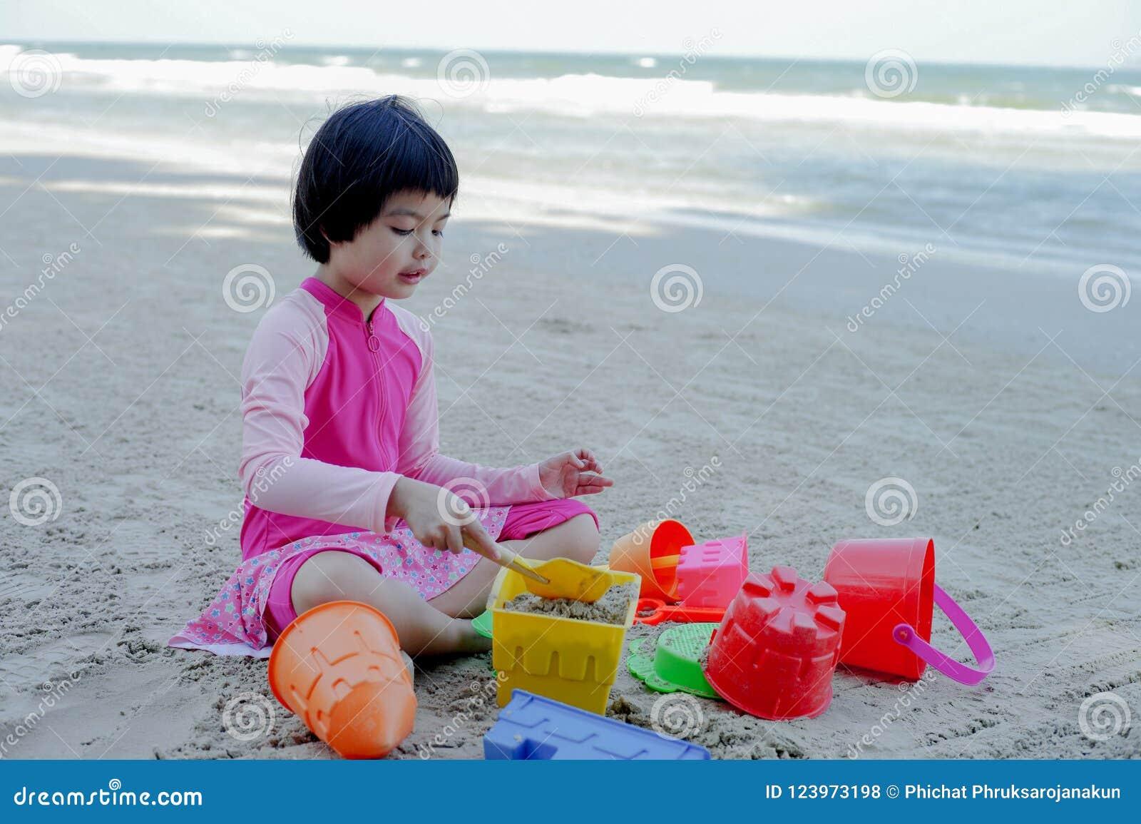 woman asian Sunshine coast