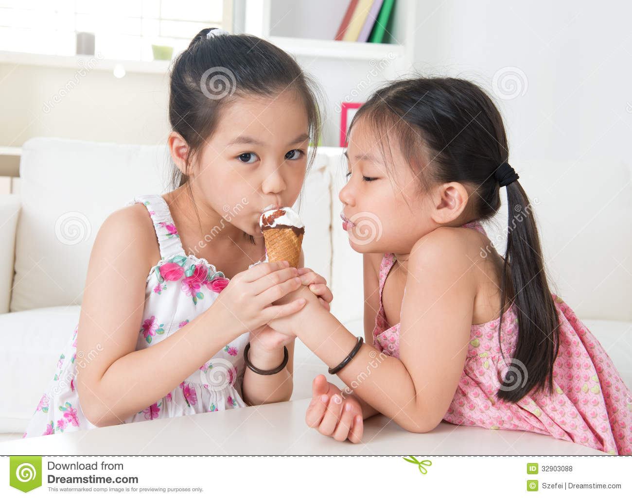 Kids Eatting Ice Cream Cone Vector