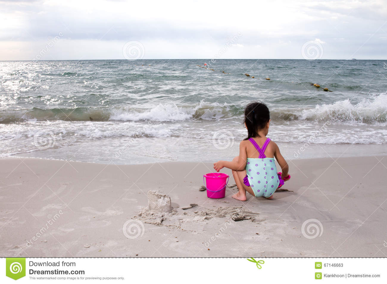 Beach Toys For Girls : Asian little chinese girl playing sand with beach toys