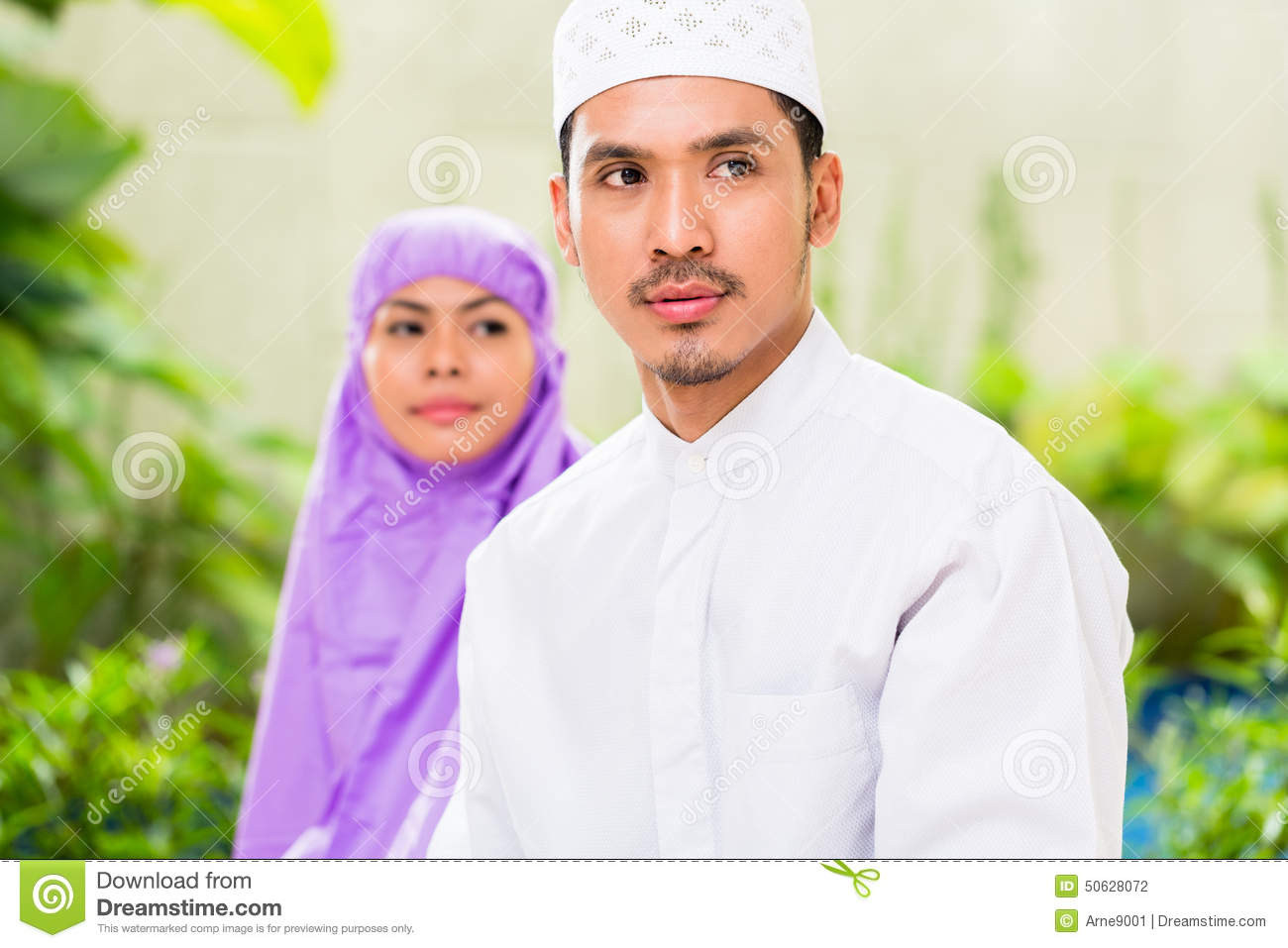 muslim single men in oriental Are you a single muslim, dating in canada and looking for a future where faith meets love try elitesingles and meet marriage-minded singles with us.