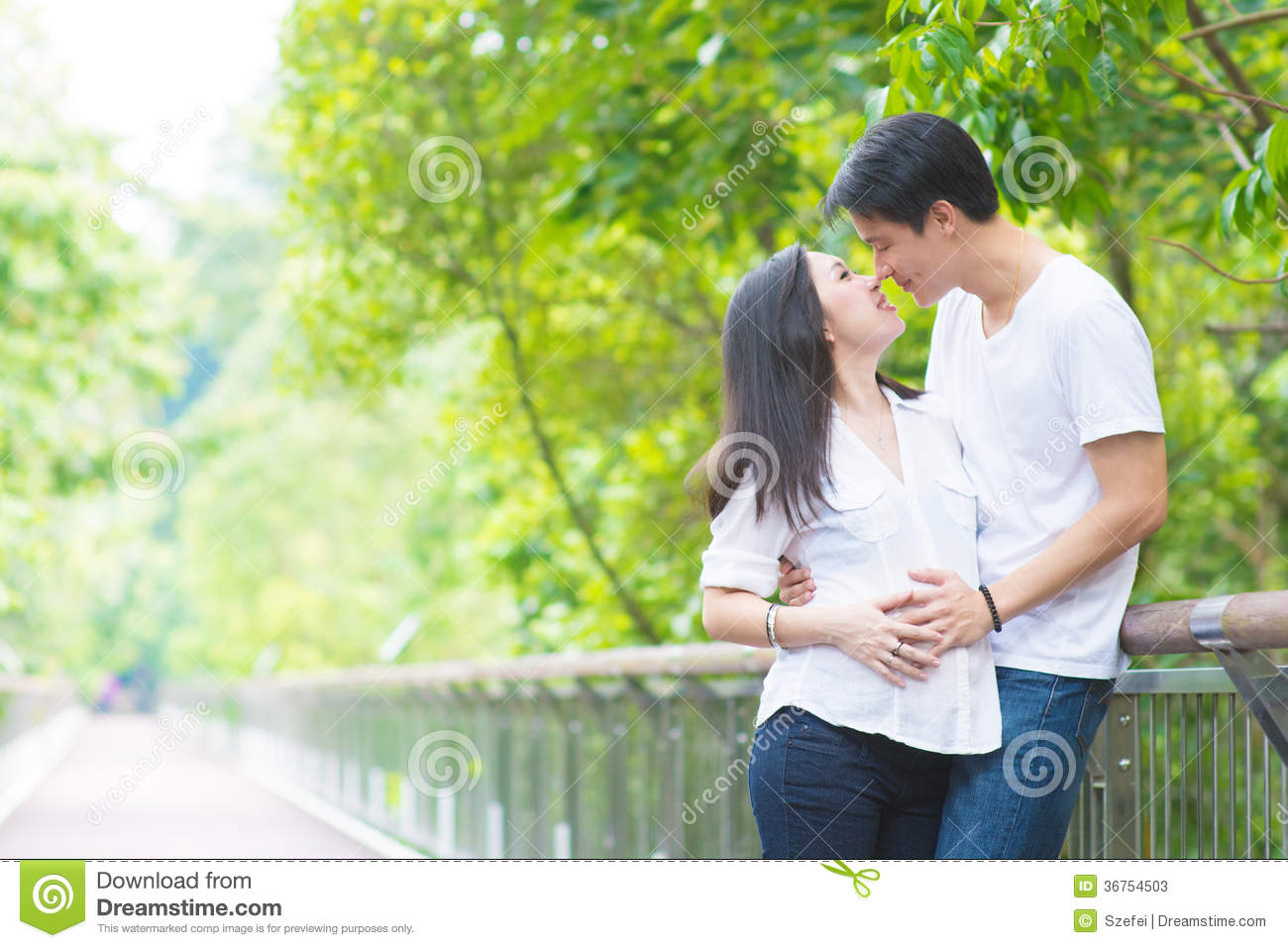 Asian Pregnant Couples Stock Image Image Of Family -2504