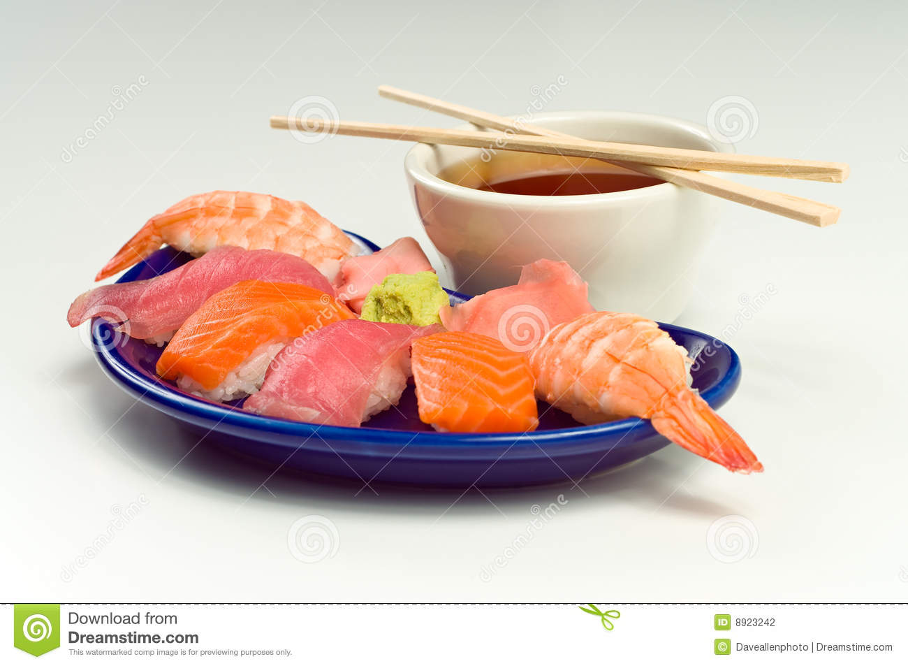 how to prepare raw fish for sushi
