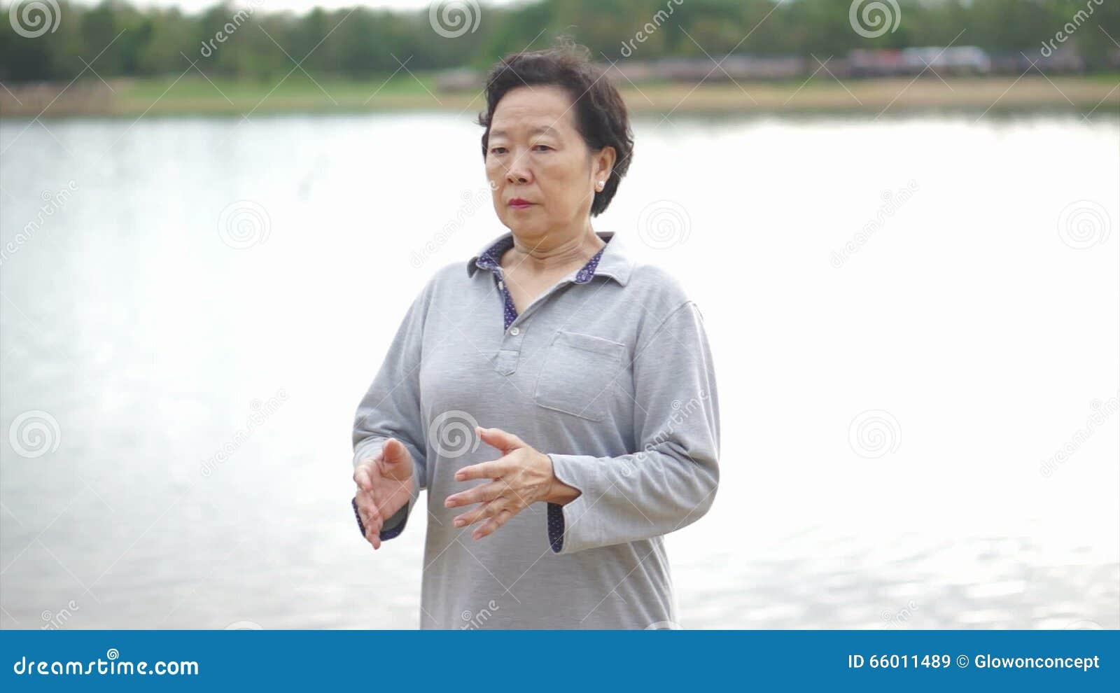 Russian Seniors Online Dating Service