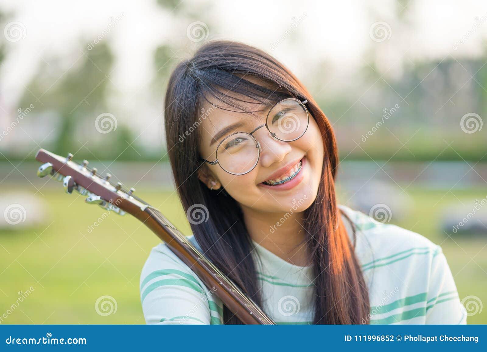Categories asian teens 20